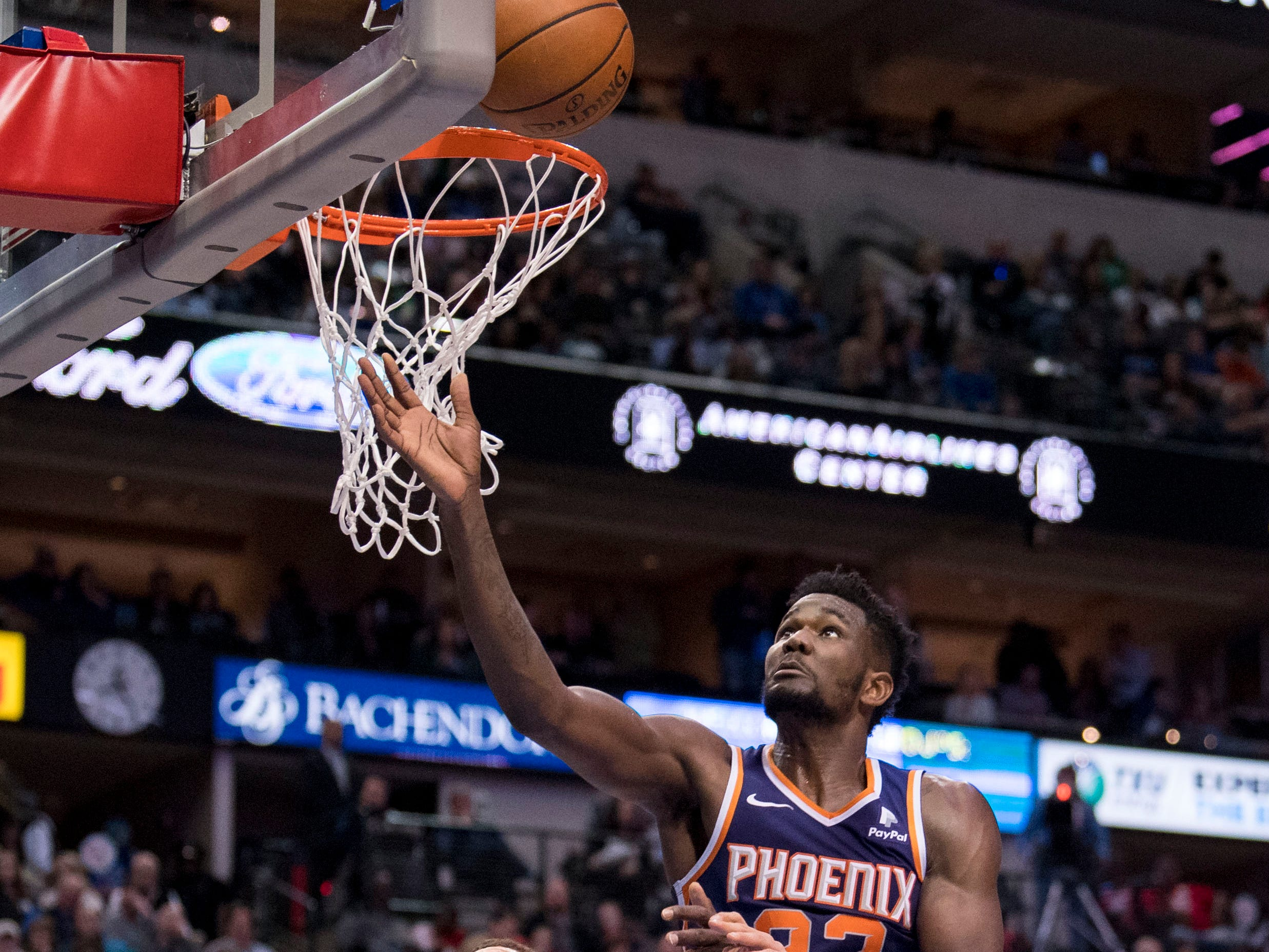 Jan 9, 2019; Dallas, TX, USA; Dallas Mavericks forward Dwight Powell (7) and Phoenix Suns center Deandre Ayton (22) fight for the rebound during the second quarter at the American Airlines Center. Mandatory Credit: Jerome Miron-USA TODAY Sports