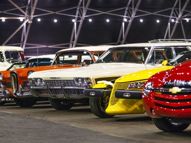 Barrett-Jackson kicks off this weekend: what to expect at car auction