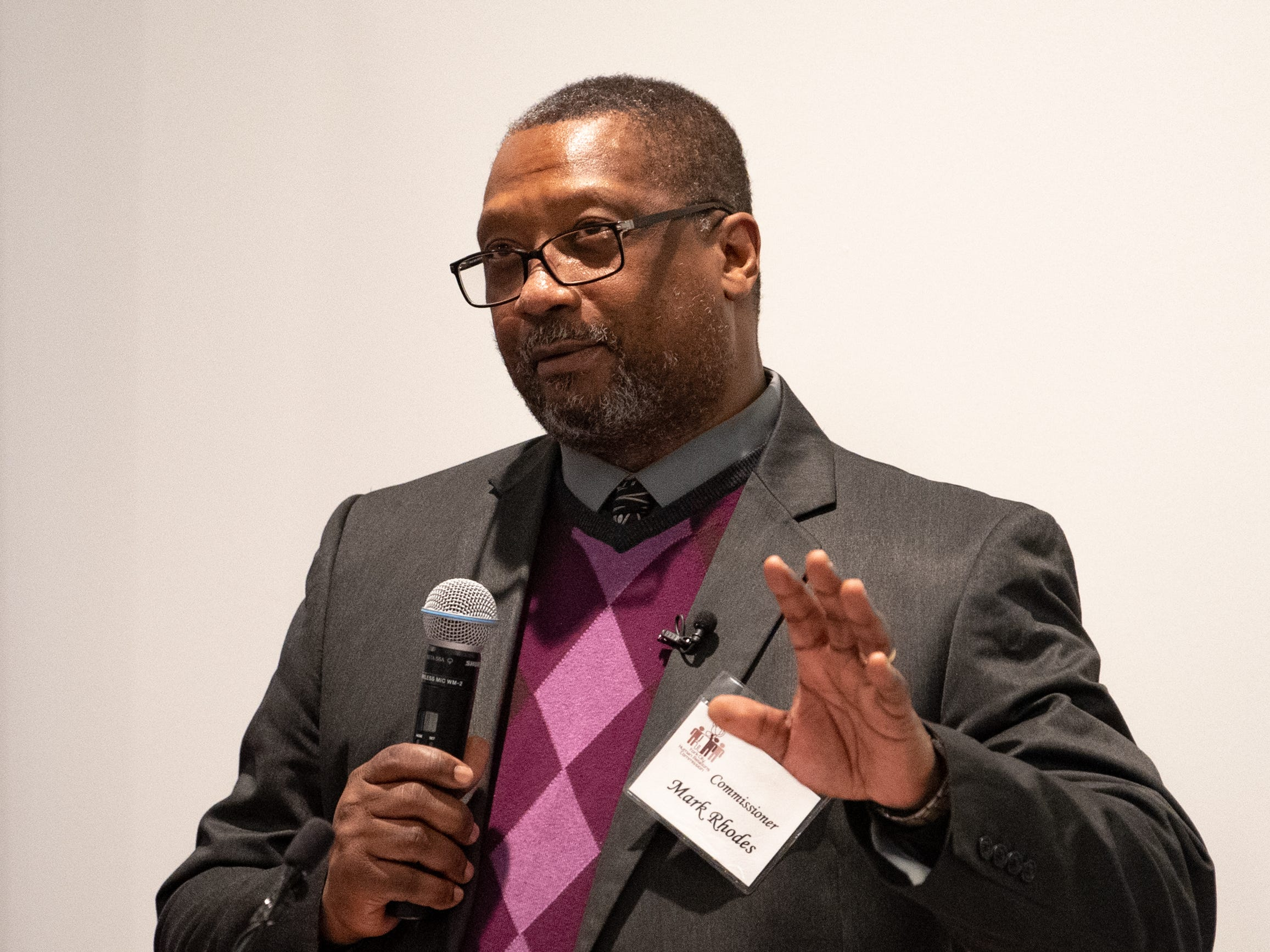 Mark Rhodes explains why diversity is so important during the 2019 City of York Human Relations Commission Diversity Dinner, January 9, 2019.