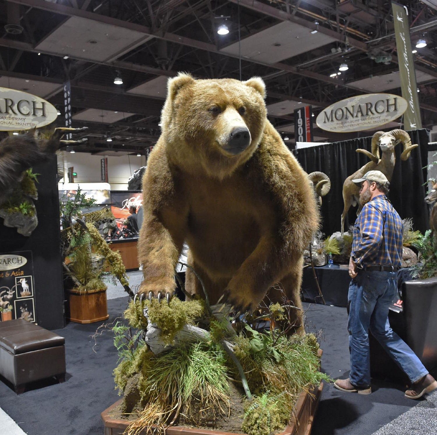 More than 15,000 attend Safari Club convention in Reno, down from last year