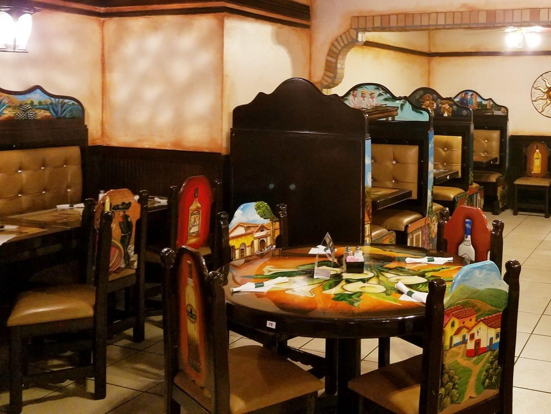 Dining area of La Mirimba in Stuart.