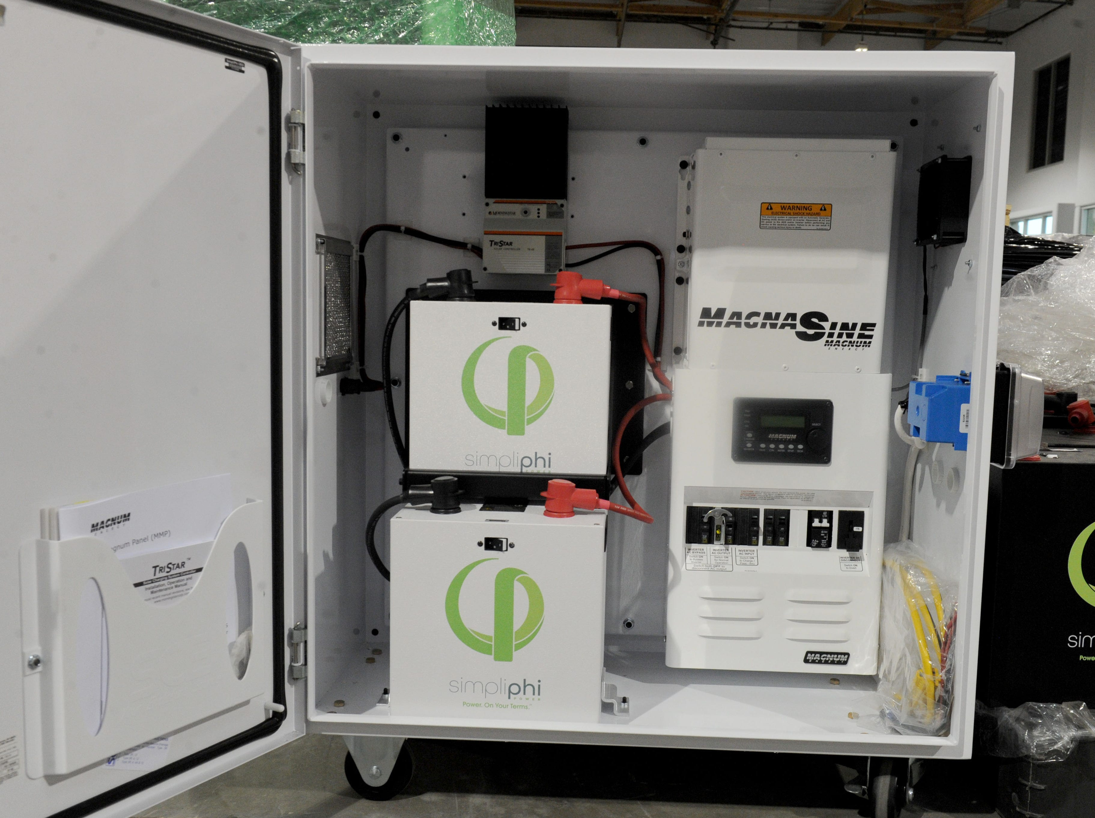 The ExprESS battery from SimpliPhi Power is a powered AC generator and uninterruptible power supply that stores electricity for use when the power from an electrical company is not available.