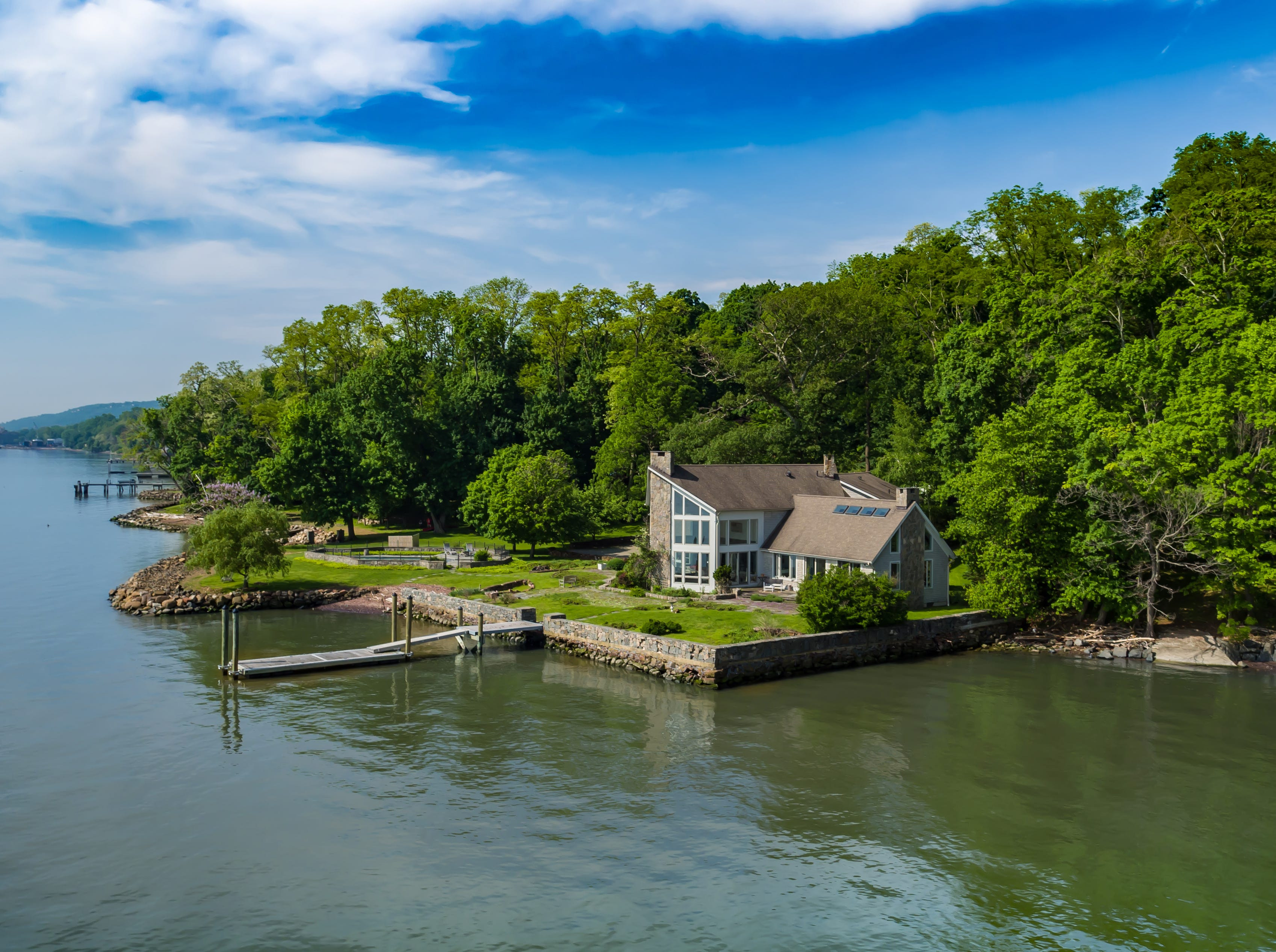 Upper Nyack riverfront estate highest priced sale in Rockland since 2013