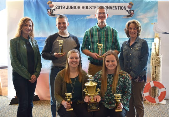 Earning a first place finish and advancing to national competition is senior dairy bowl team champs from Shawano County 1, first row (from left), Summer Henschel and Carmen Haack. Back row (from left) coach Heather Jauquet, Ben Schmidt, Mason Jauquet and coach, Sara Harbaugh.