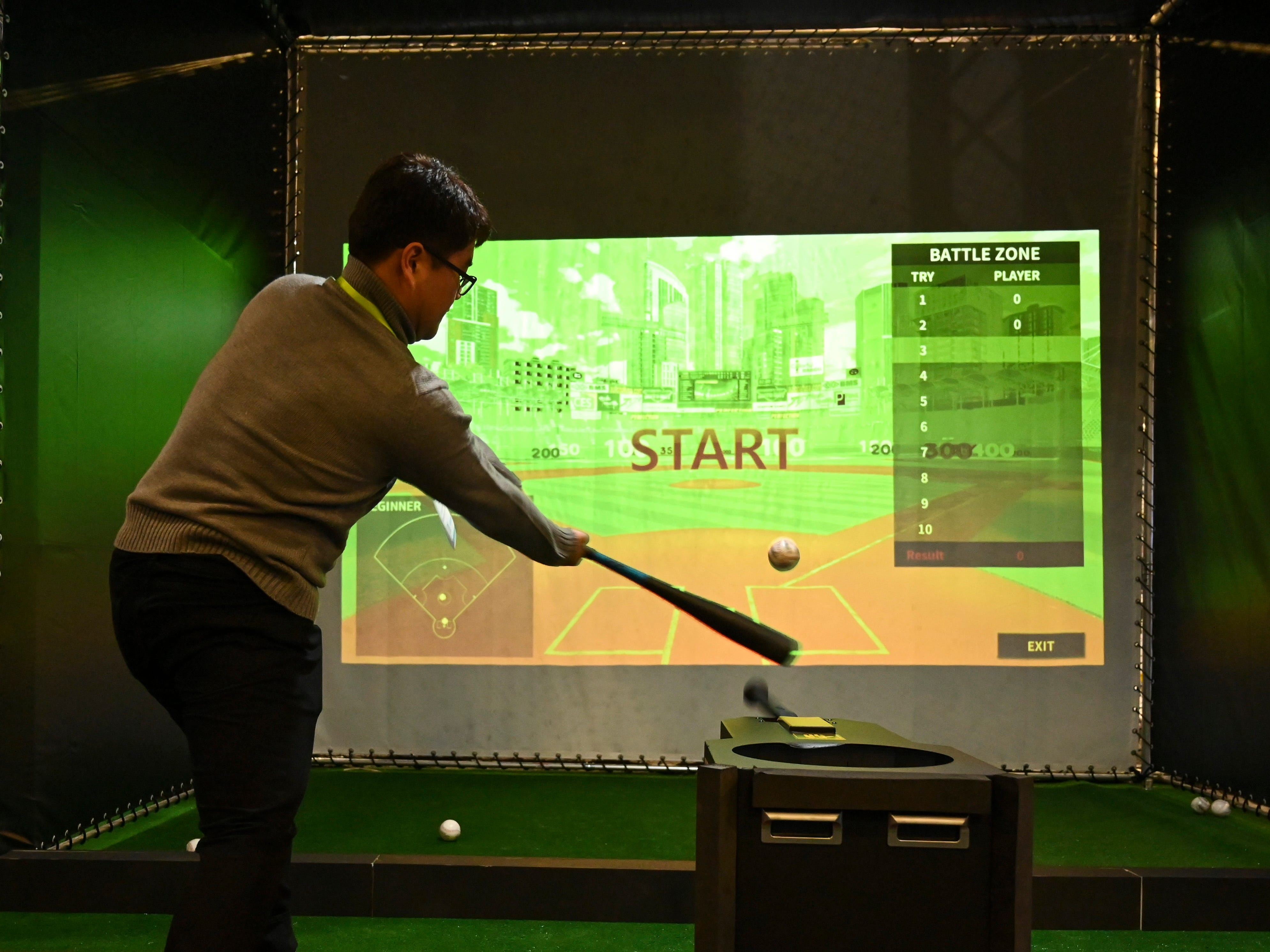 "Seungwon Choi takes a swing with Auto Bat's ""Perfection"" a batting training and analysis product."