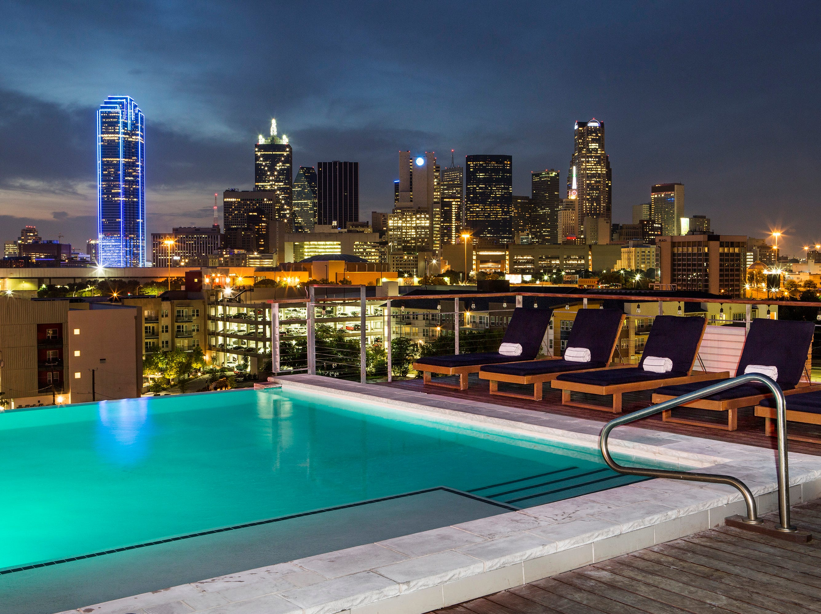 The rooftop bar at the CANVAS Hotel Dallas, formerly known as SODA, has been redesigned and renamed The Gallery Rooftop Lounge. The indoor / outdoor lounge has a 270-degree view of the Dallas skyline.