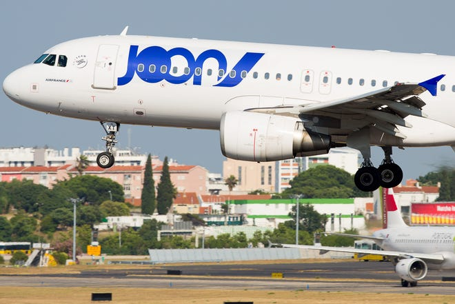 A Joon Airbus A320 lands at Lisbon Airport in Portugal in June 2018.