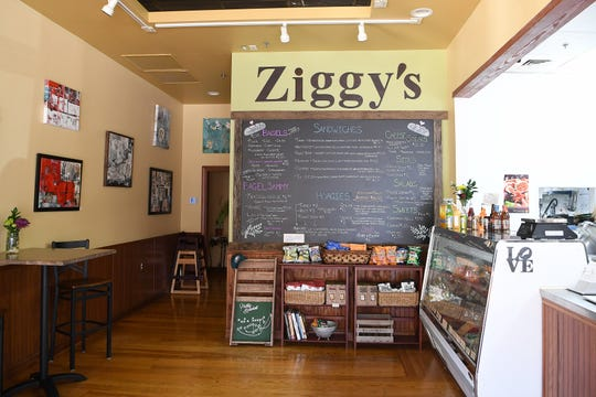 Ziggy's Bakery & Deli is a Philadelphia-style deli featuring house-made bread, bagels, cream cheeses, pickles and sandwiches and also has meat and cheese available by the pound.