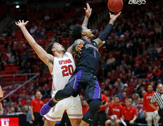 Washington guard David Crisp is averaging 20 points per game in the Huskies' first two Pac-12 contests, both wins.
