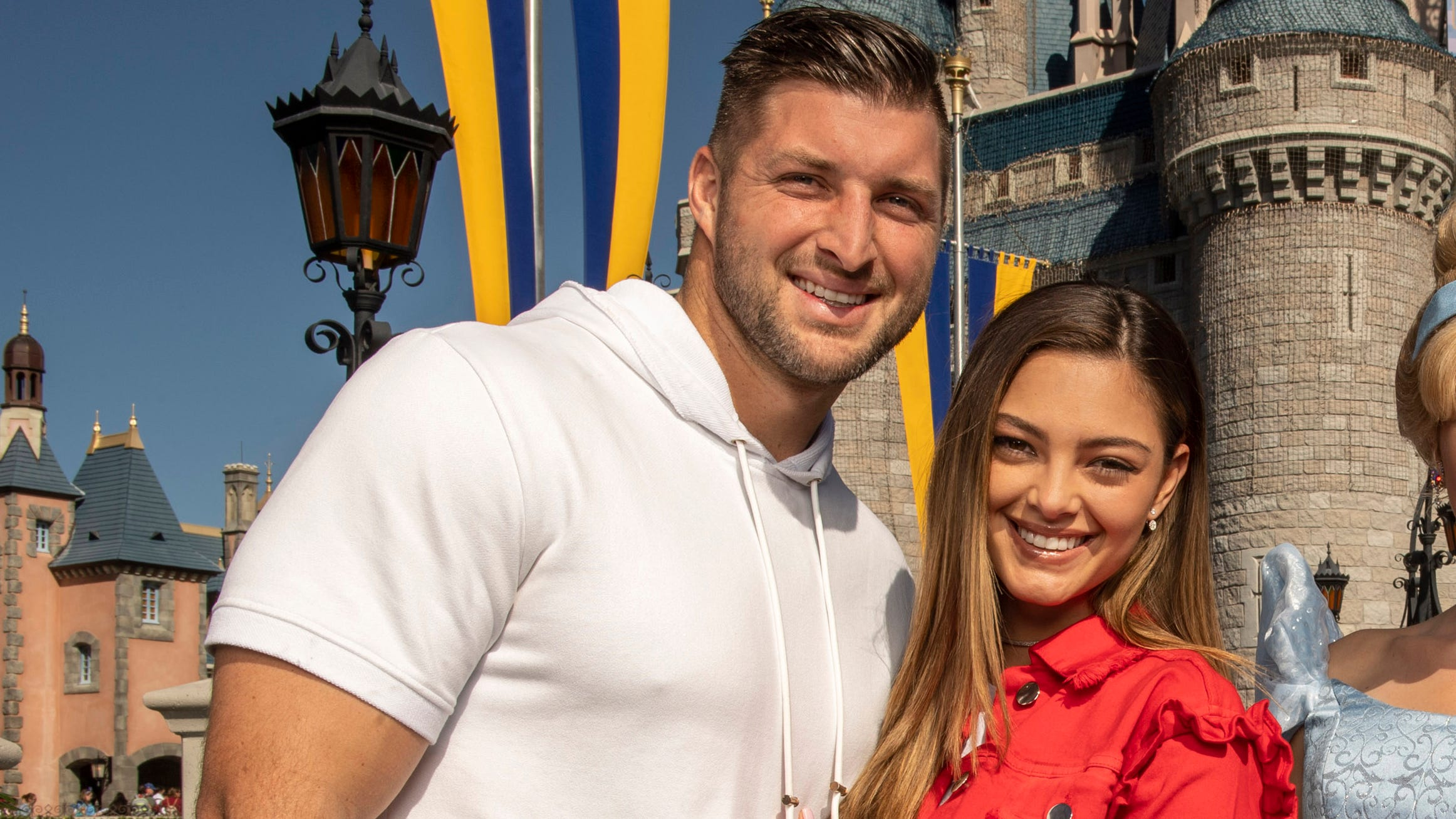 Tim Tebow Heads To Disney World With New Fiancee Demi Leigh Nel Peters