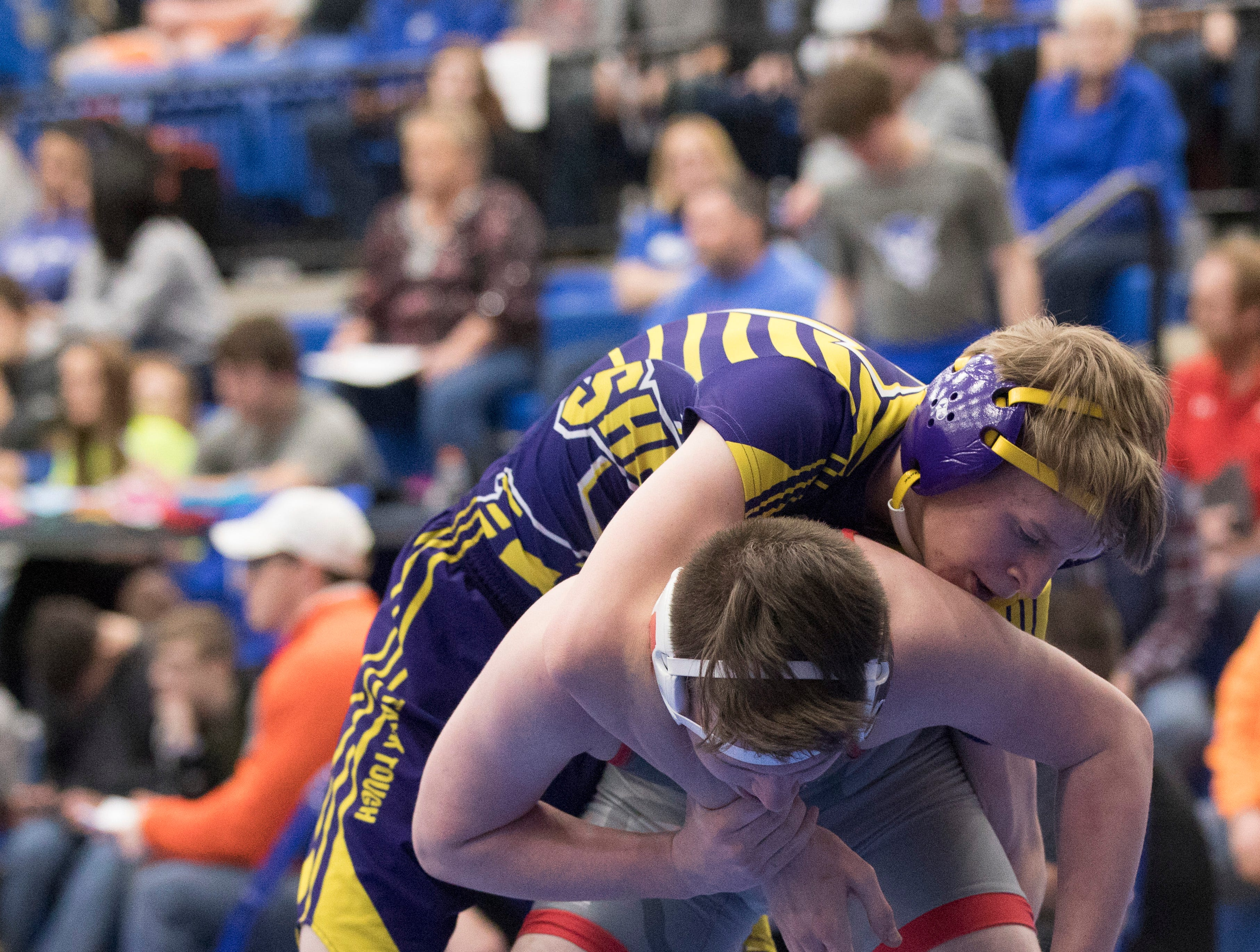 Zane Trace, Unioto, and Southeastern wrestlers competed at the Skyline Bowling Wrestling Invitational at Gallia Academy on December 29, 2018. The invitational had 26 teams compete with Zane Trace taking second, Unioto taking 15th, and Southeastern taking 18th overall.