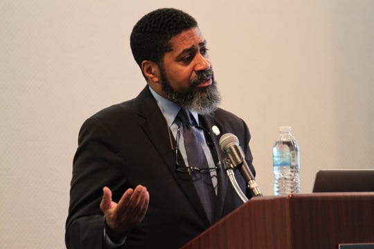 Dayton Rep. Fred Strahorn resigned his post as top Ohio House Democrat on Friday.