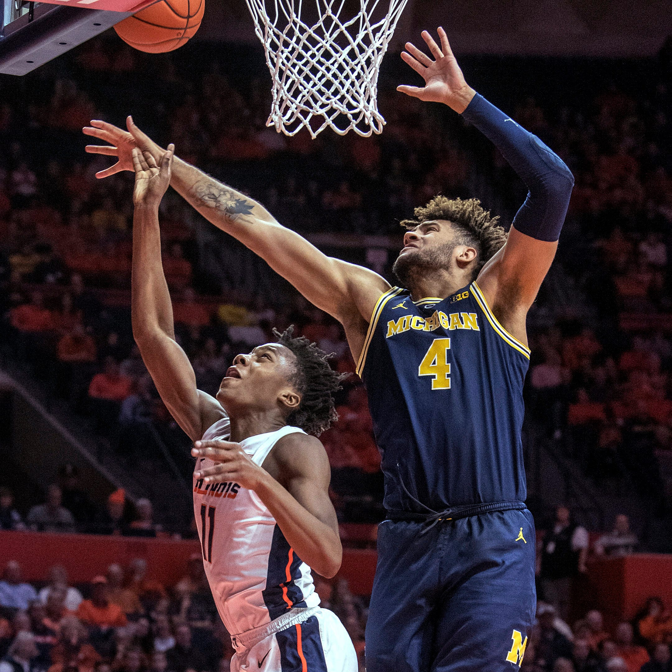 Michigan basketball ties record with 16-0 start after win at Illinois