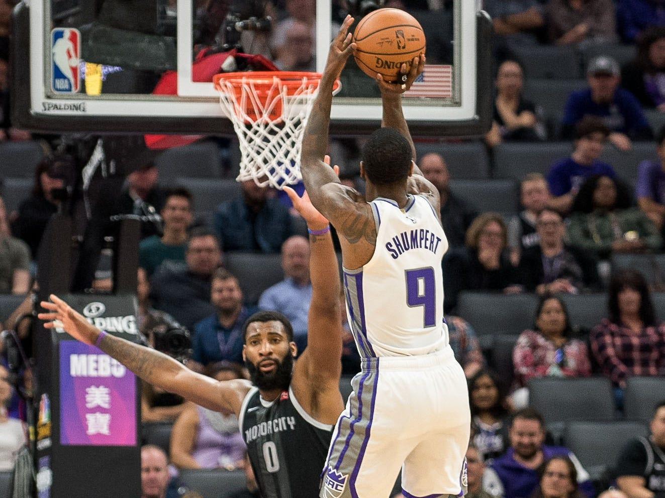 Sacramento Kings guard Iman Shumpert (9) takes a shot over Detroit Pistons center Andre Drummond (0) during the second quarter at Golden 1 Center on Thursday, Jan. 10, 2019, in Sacramento, Calif.