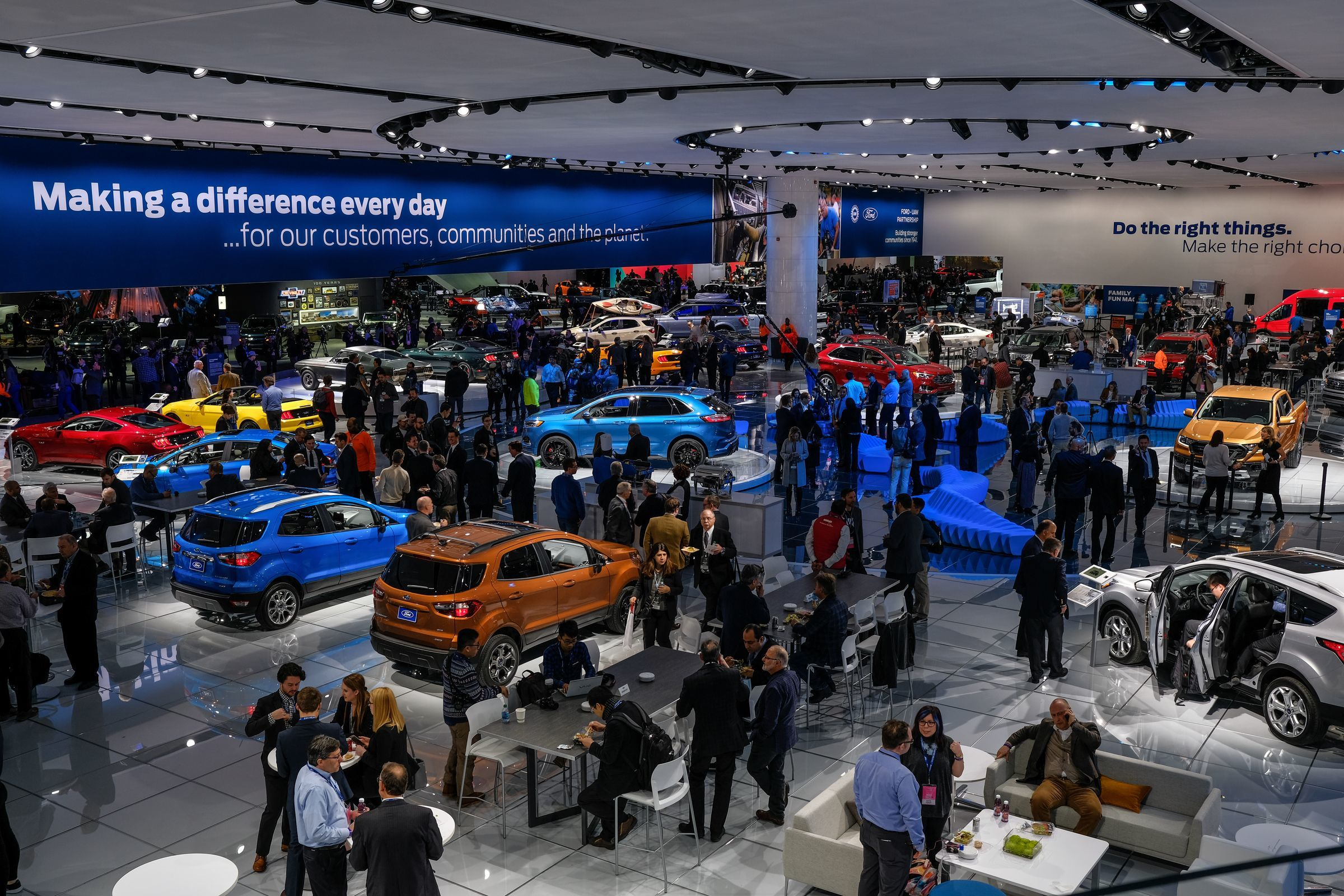 The show floor at the 2018 North American International Auto Show.