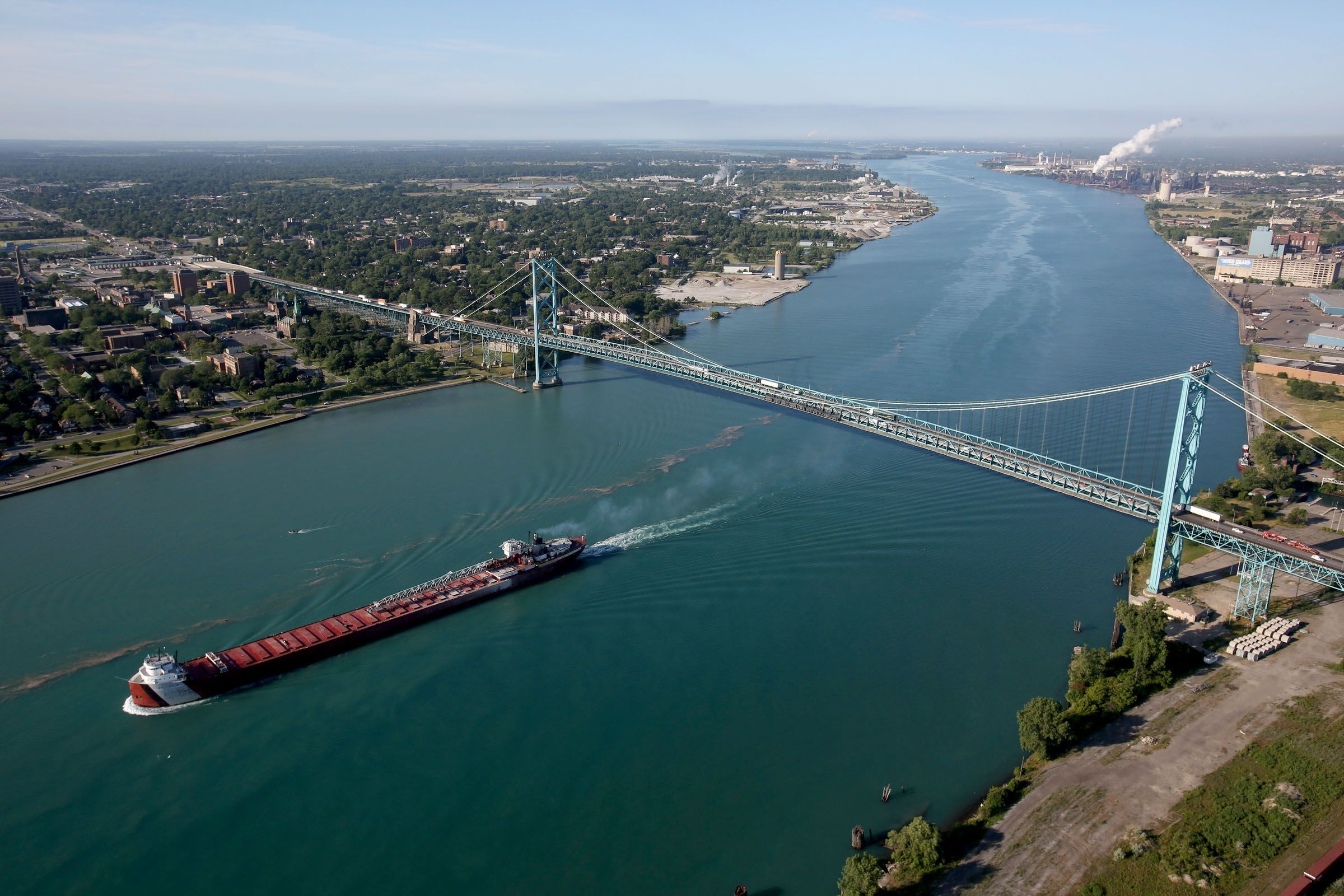 Windsor musician climbed to top of Ambassador Bridge and nobody noticed