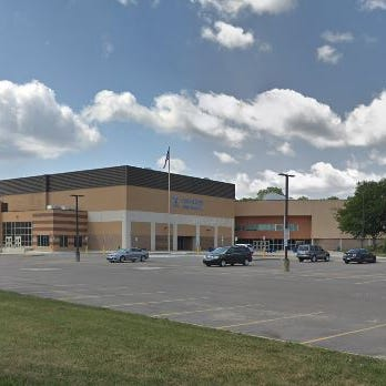 Police: Rochester Hills teen threatened to bring gun to school, assault teacher