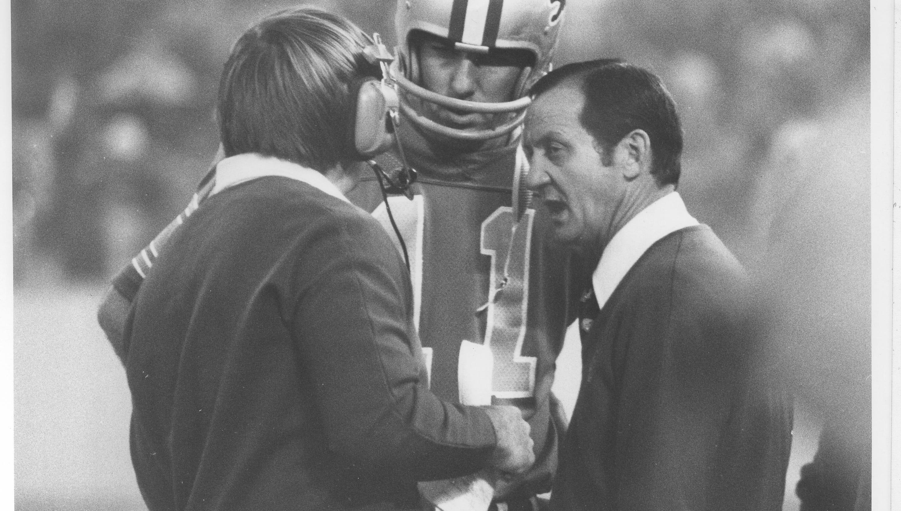 35991d2092f Former Detroit Lions head coach Rick Forzano dead at age 90