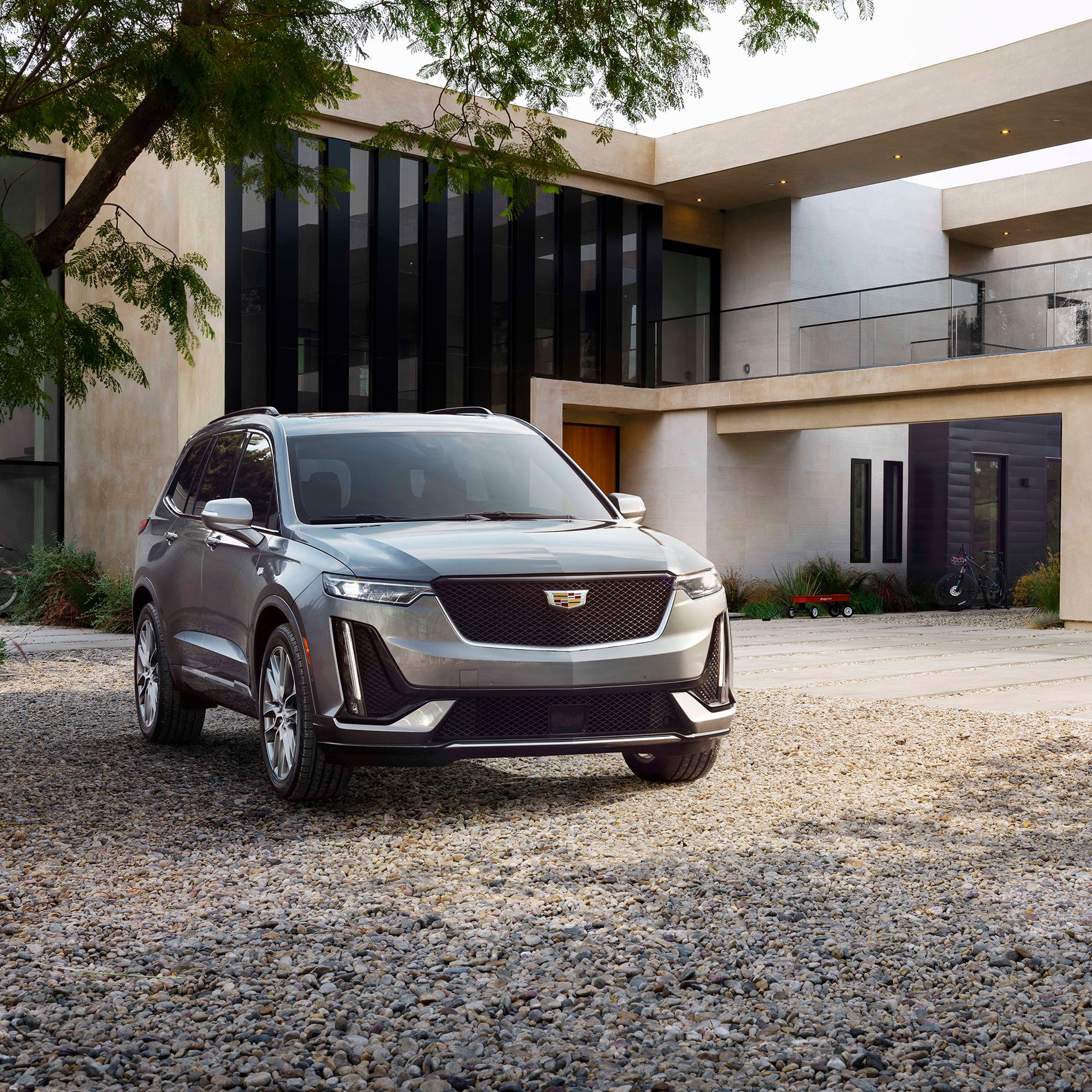 GM unveils Spring Hill plant's latest model: Cadillac XT6 SUV