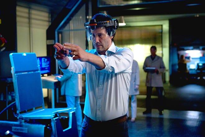 """Keanu Reeves in """"Replicas."""""""