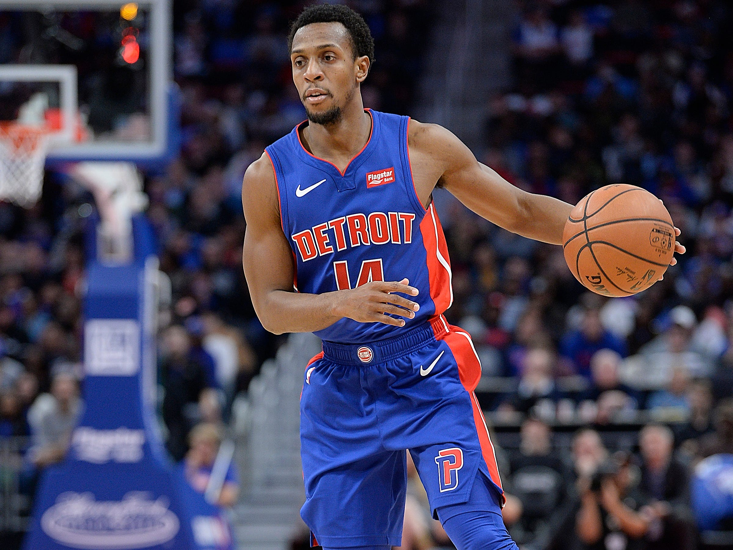 Ish Smith -- Stats: 9.2 pts., 3.0 assts., 33% 3FG in 22 games. Age: 30. It's no coincidence that the Pistons' slide came just after Smith's groin injury. He's a critical piece to their reserve unit, and they haven't been able to replace his game-changing speed. He has shot better on 3-pointers, but not quite as well as last season. Grade: B-