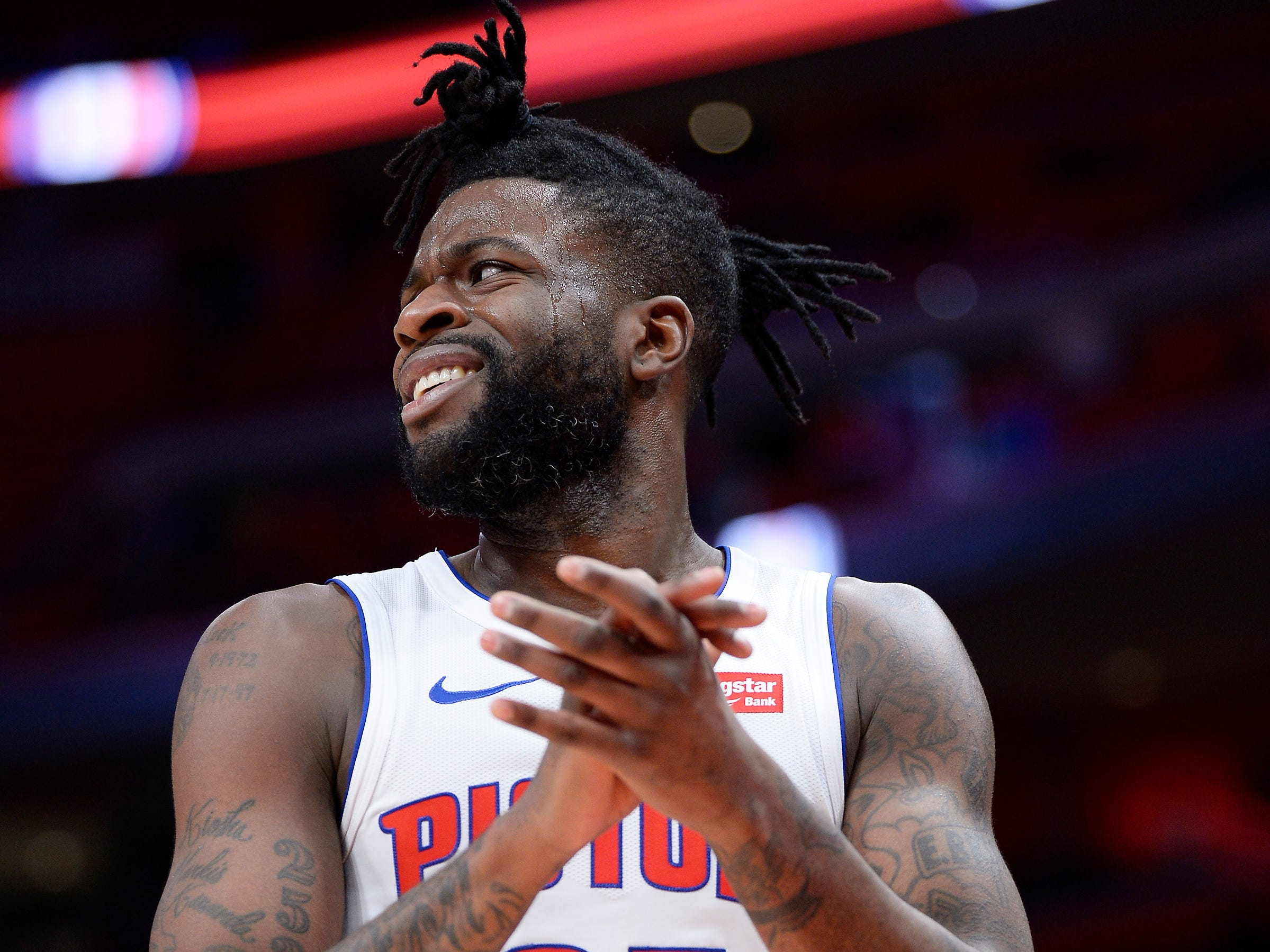 Reggie Bullock -- Stats: 12.2 pts., 2.6 rebs., 40% 3FG in 33 games. Age: 27. After finishing second in the league at 45 percent on 3-pointers last season, he's having another solid performance. He had another slow start, but he's settling in nicely, scoring off double-teams on Griffin. Grade: B