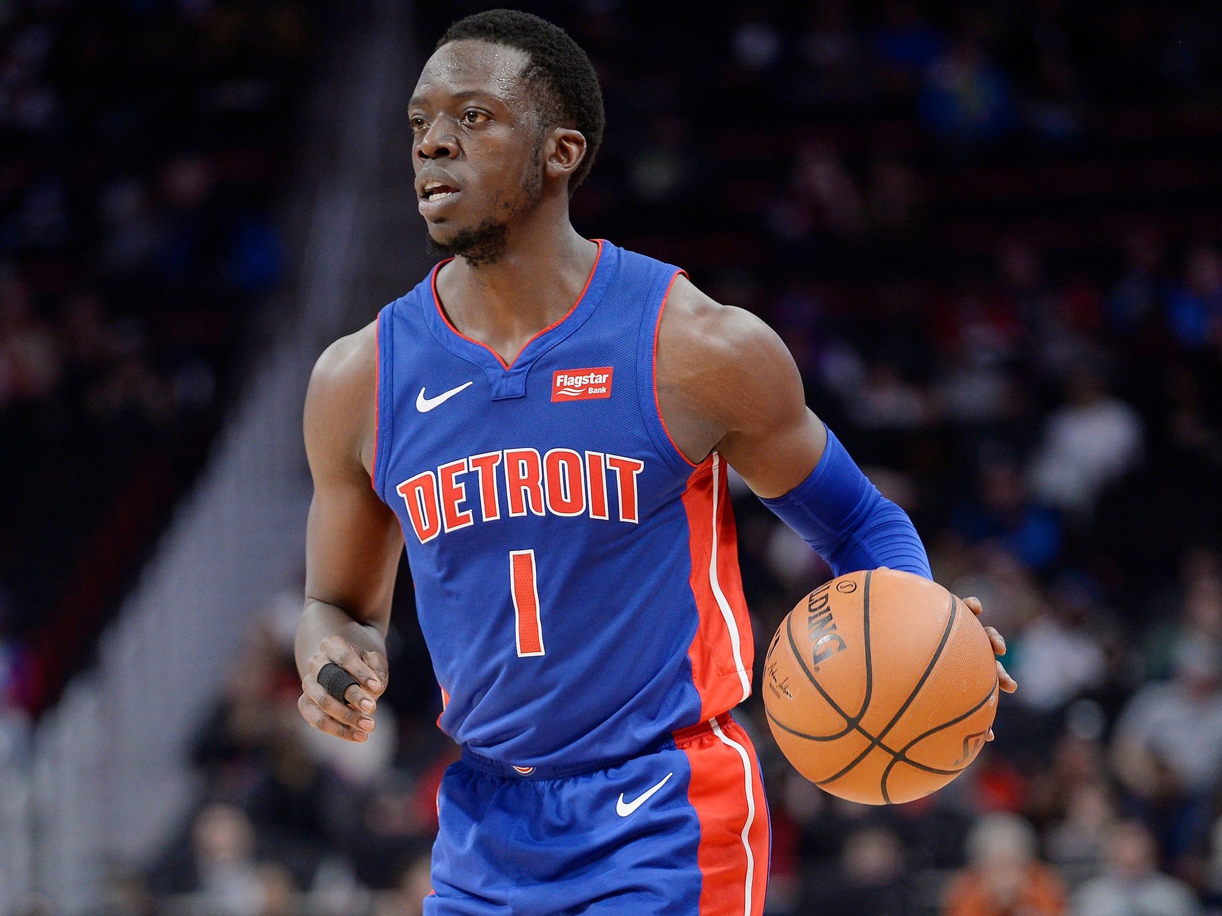 GUARDS -- Reggie Jackson -- Stats: 14.7 pts., 2.7 rebs., 4.2 assts., 34% 3FG in 41 games. Age: 28. Coming off last season's ankle sprain, he had high expectations as a key piece with Blake Griffin. He's been moved off the ball and in the role of a spot-up shooter, which he's done pretty well. He doesn't have the same speed and burst as previous years, and he's still settling into his new role. Grade: C