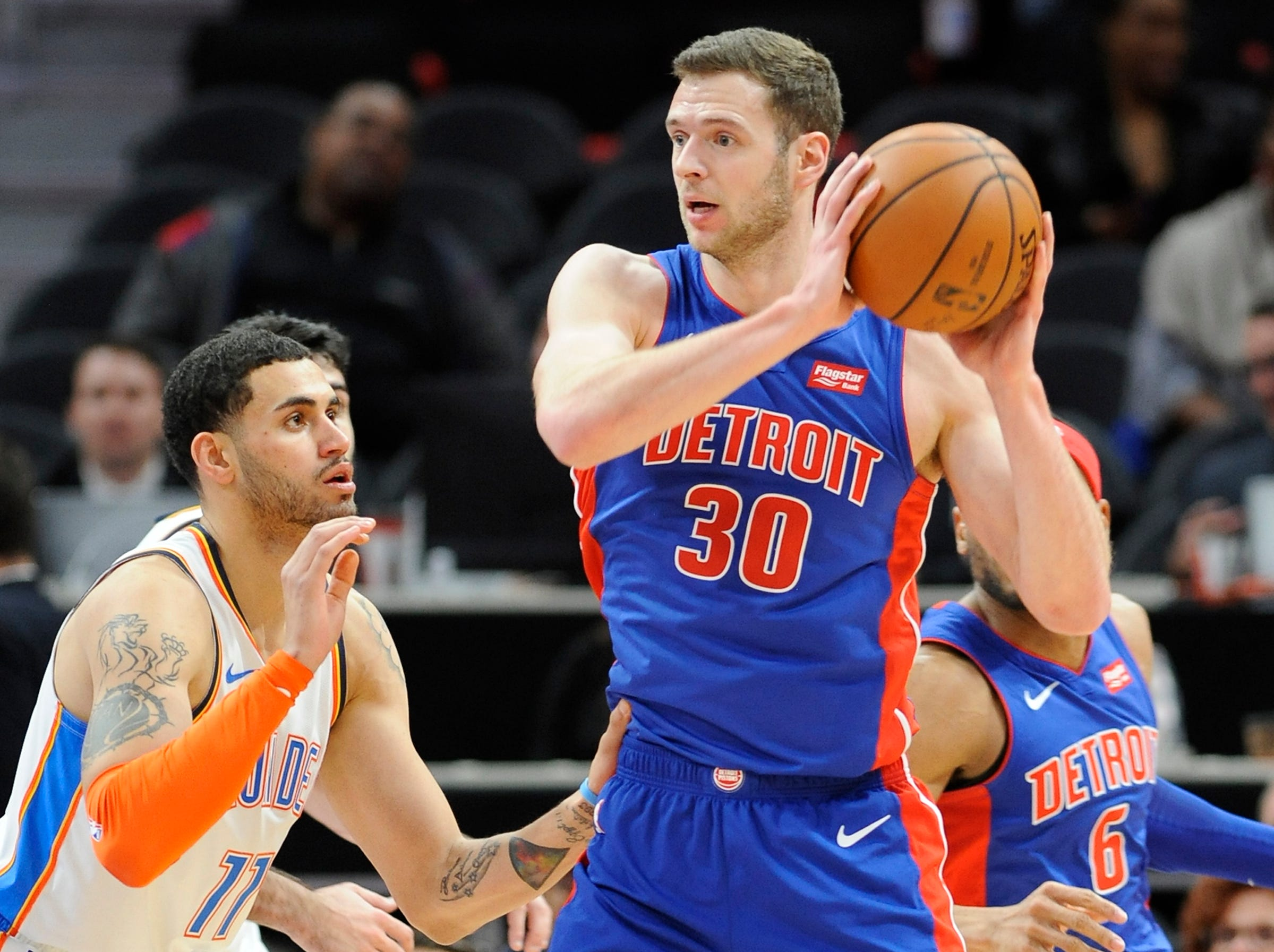 Jon Leuer -- Stats: 4.4 pts., 2.7 rebs. in 27 games. Age: 29. He's back healthy, but hasn't been able to find a lot of playing time behind Griffin and Johnson. Leuer hasn't been an effective 3-point shooter, which was his best trait, but he's found other ways to scrap and add value. Grade: C