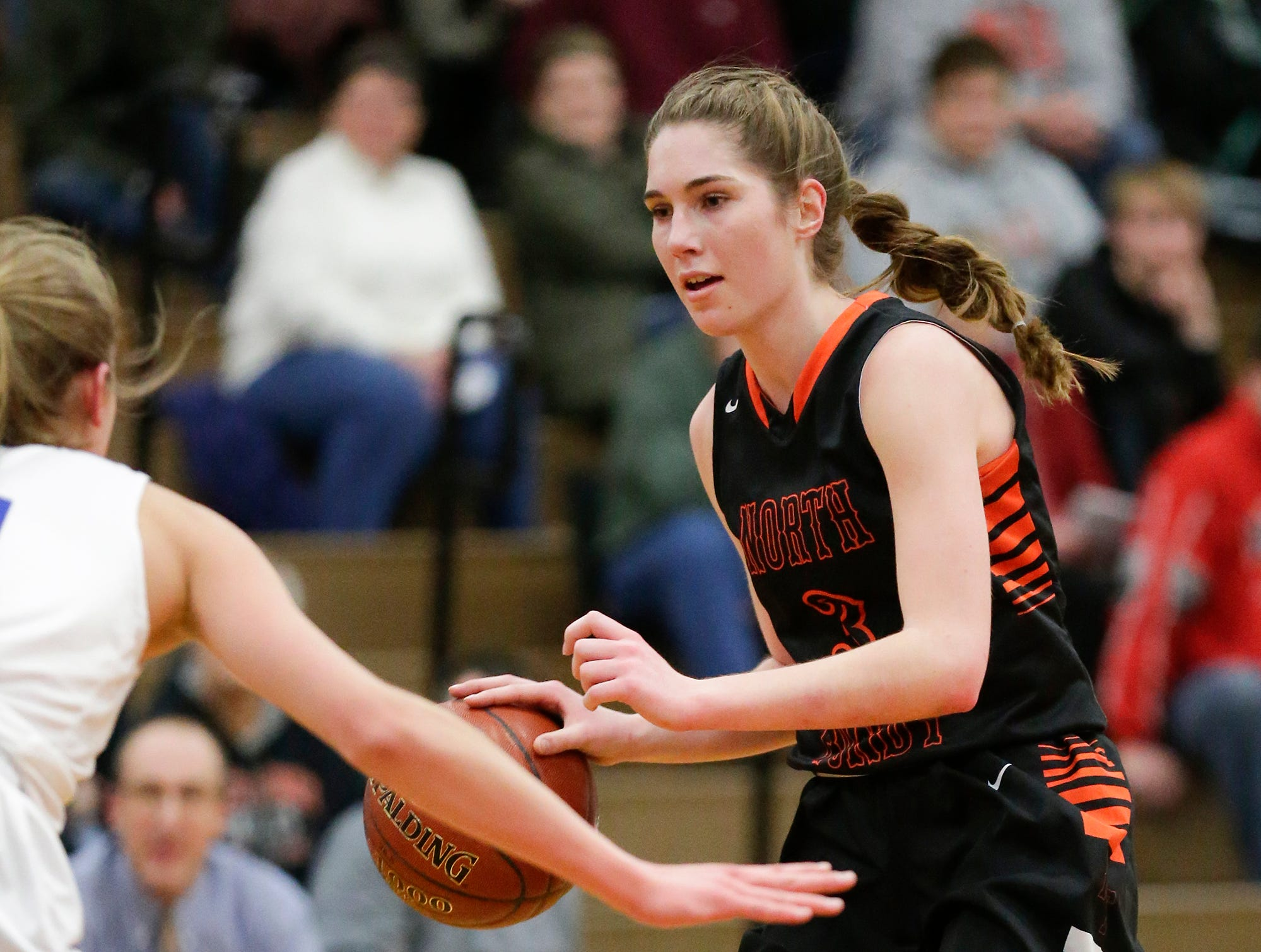 North Fond du Lac High School girls basketball's Rebecca Kingsland works her way down the court against Winnebago Lutheran Academy January 10, 2019 during their game in Fond du Lac. Doug Raflik/USA TODAY NETWORK-Wisconsin