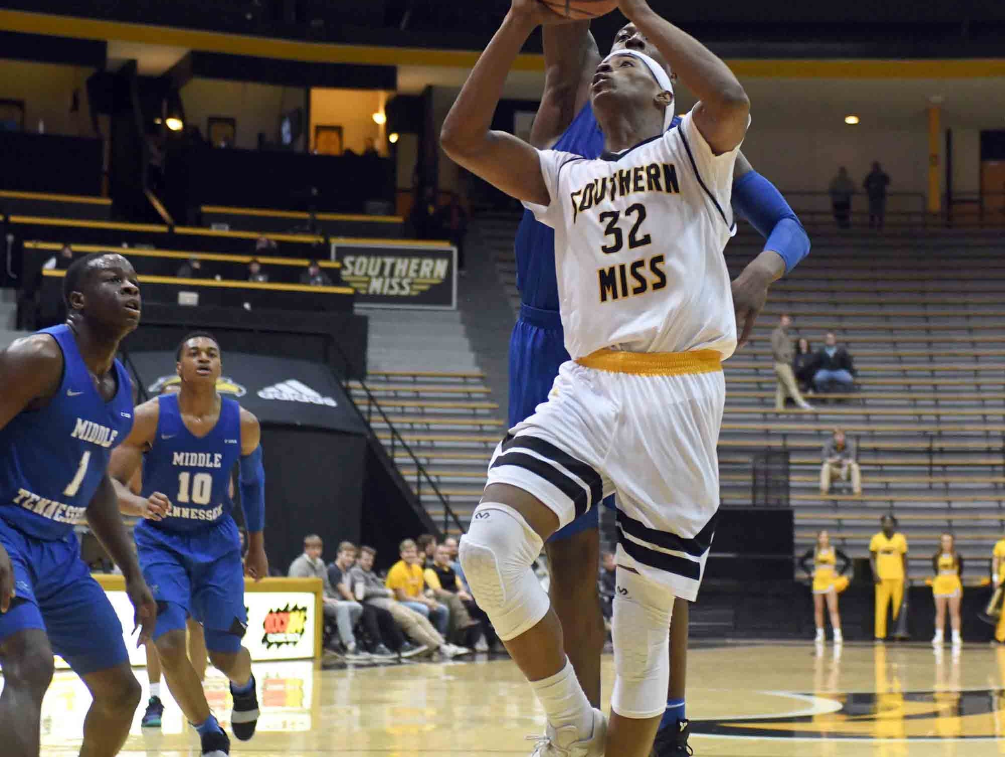 Southern Miss forward Leonard Harper-Baker shoots for the basket in a game against Middle Tennessee in Reed Green Coliseum on Thursday, January 10, 2019.