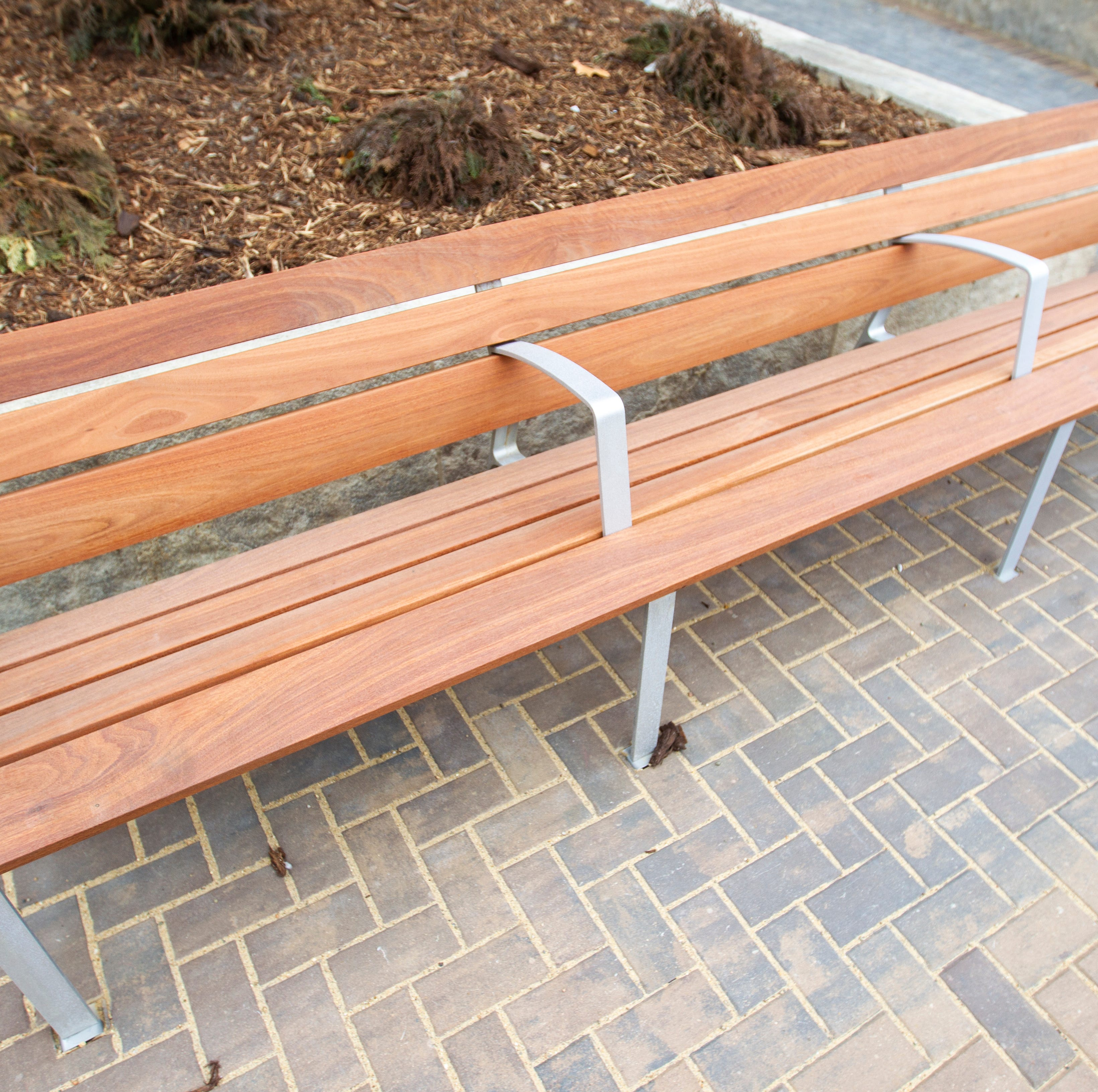 Price tag for replacing all ped mall benches is $150,000