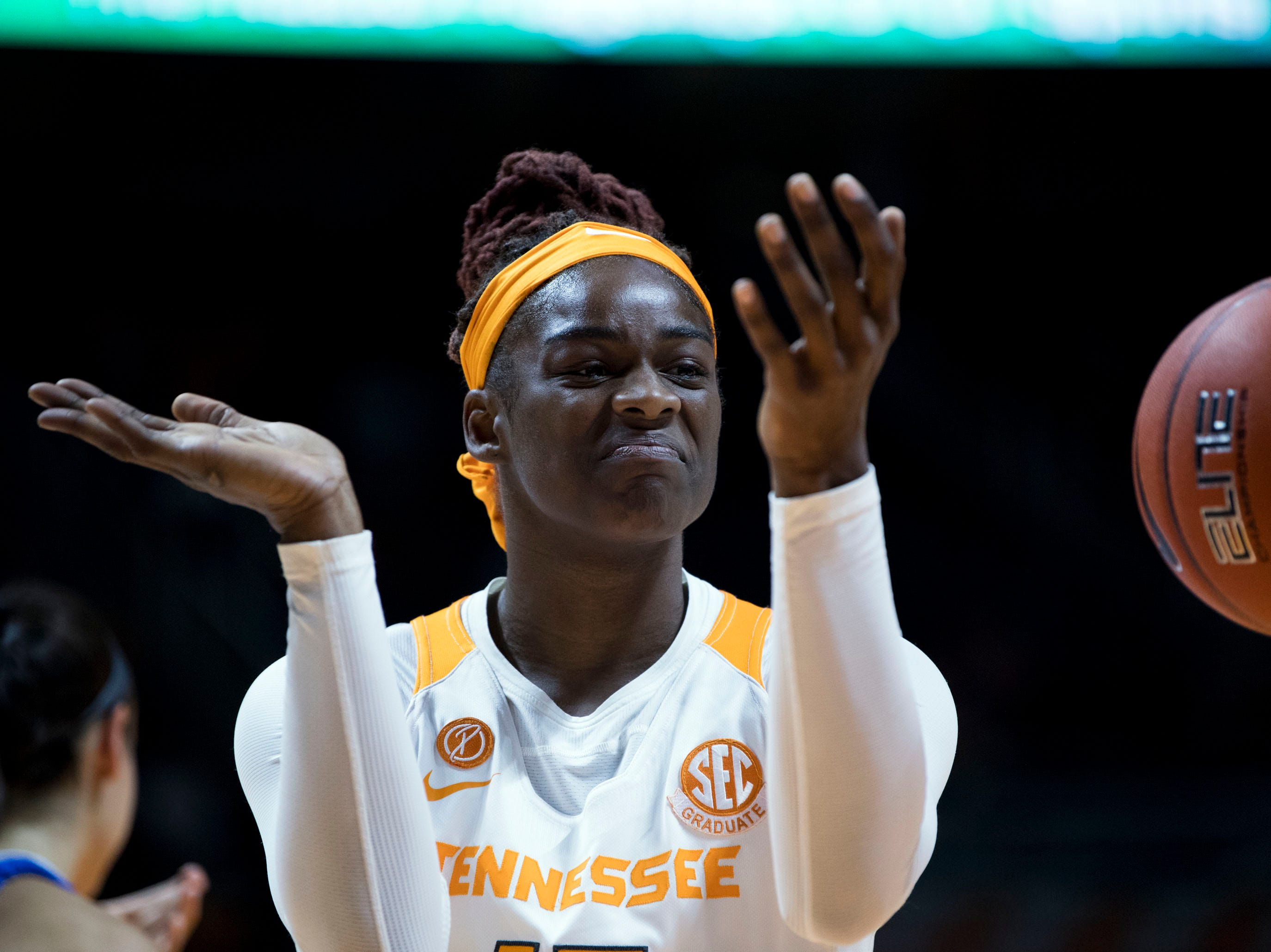 Tennessee's Cheridene Green (15) claps as her teammate scores against Kentucky on Thursday, January 10, 2019.