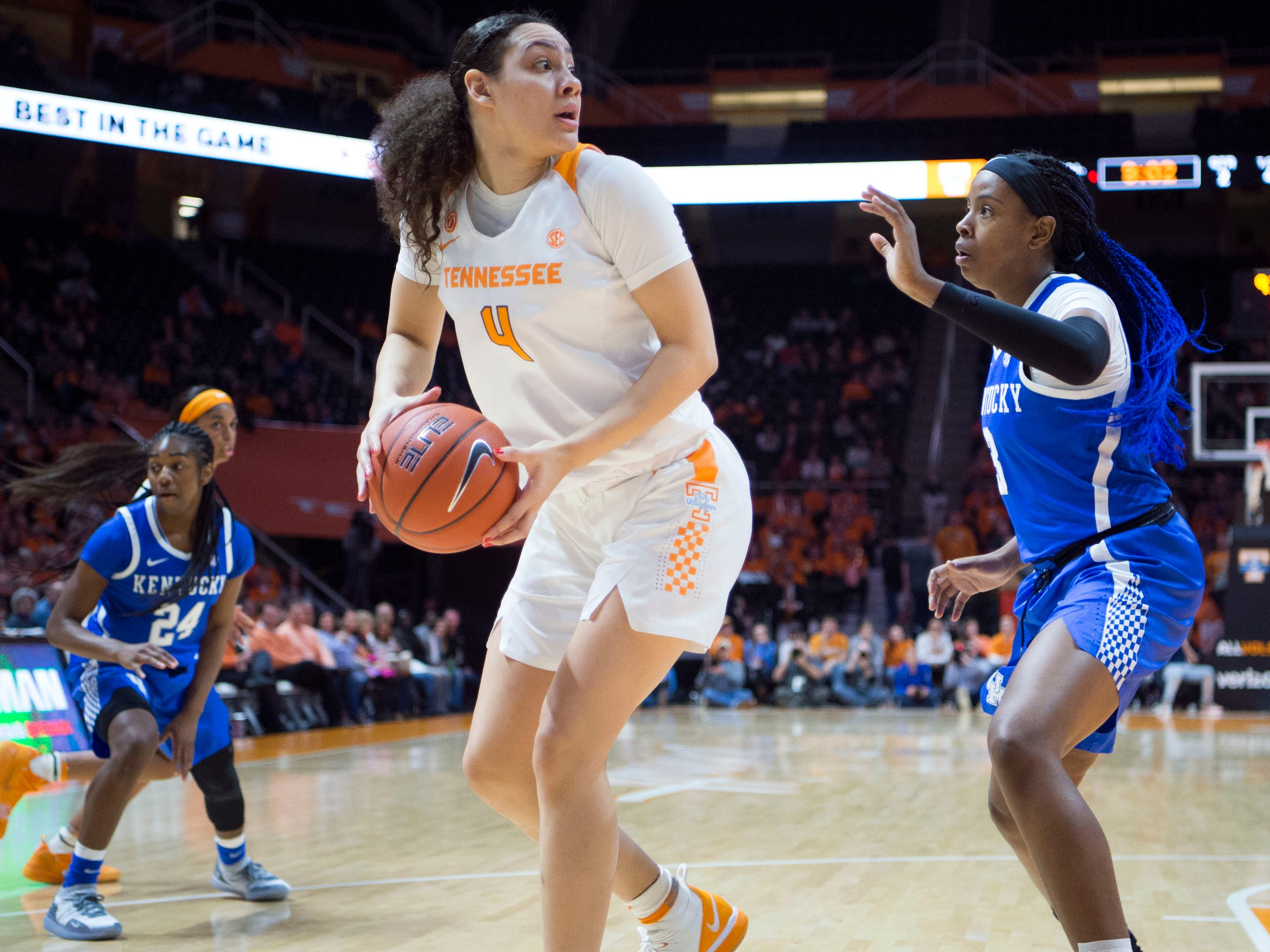 Tennessee's Mimi Collins (4) is guarded by Kentucky's KeKe McKinney (3) on Thursday, January 10, 2019.