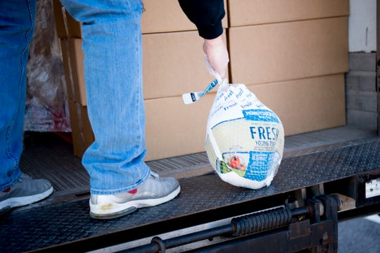 Filling an 'unprecedented request,' Second Harvest Food Bank sent emergency food supplies to TSA workers at airports in Tennessee on Friday. Meal boxes also included items like canned goods and frozen turkeys.
