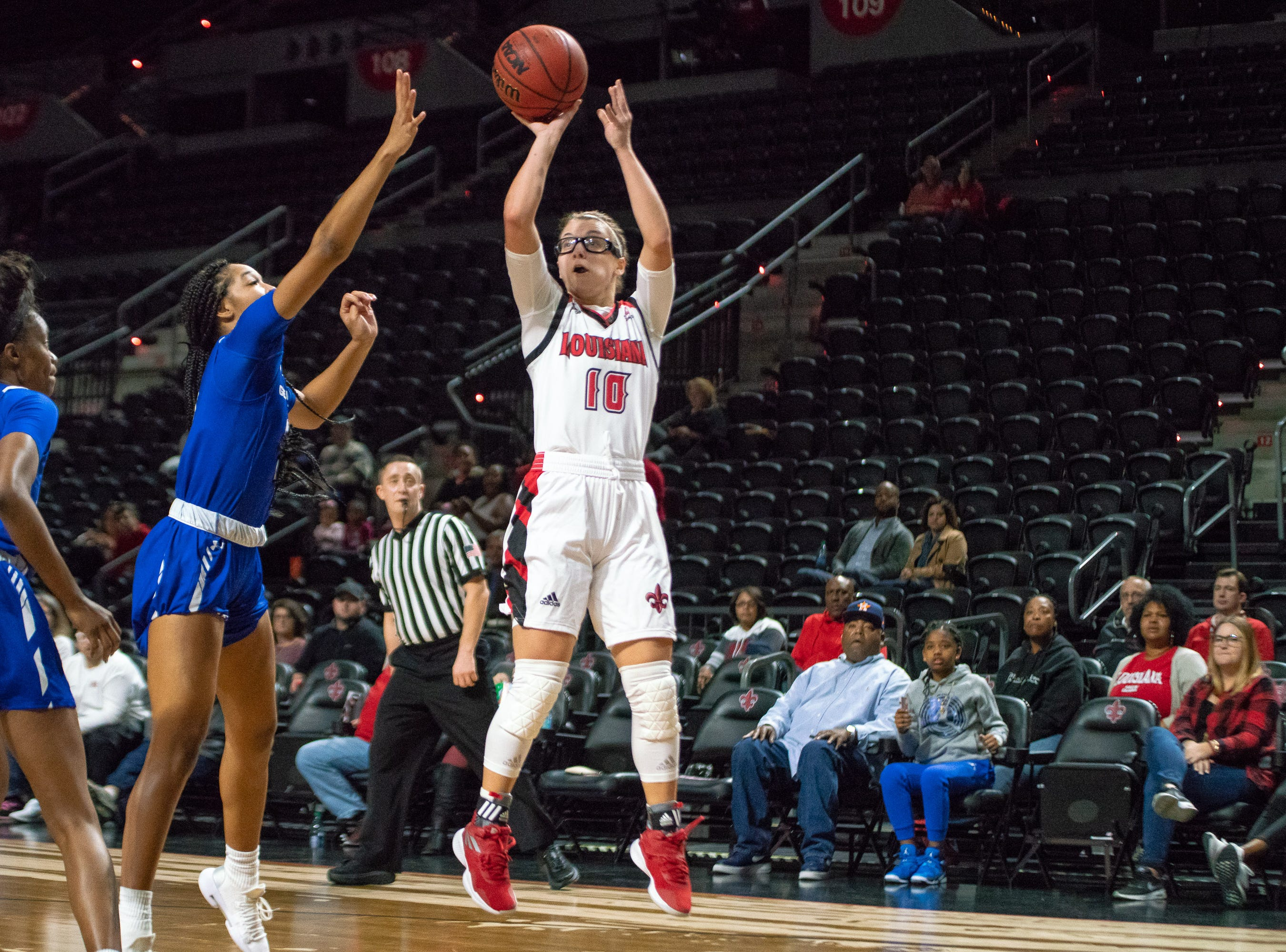 UL's Andrea Cournoyer shoots the ball to score as the Ragin' Cajuns play against the Georgia State Panthers at the Cajundome on January 10, 2019.