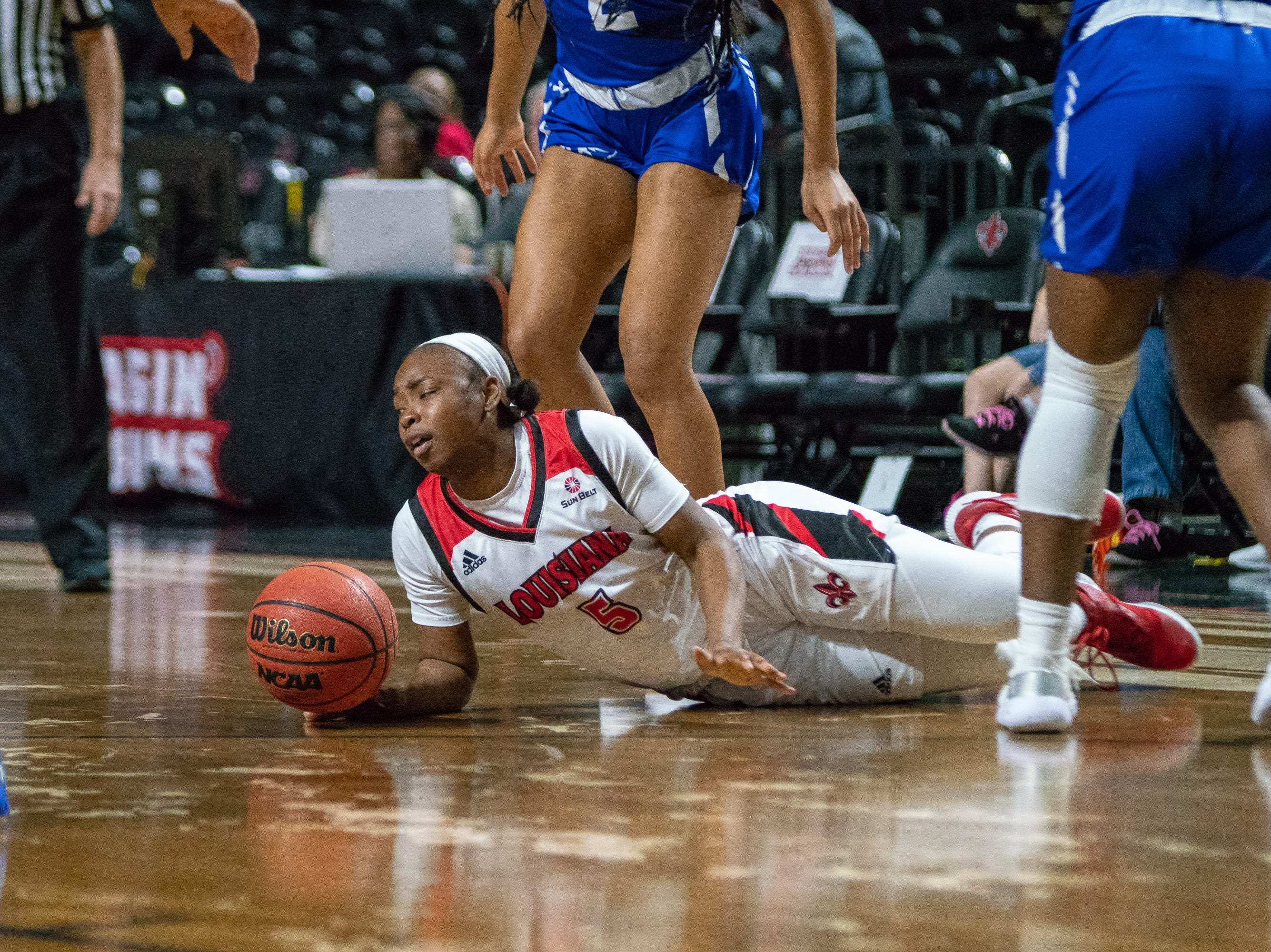 UL's Jomyra Mathis dives for the ball during the play as the Ragin' Cajuns play against the Georgia State Panthers at the Cajundome on January 10, 2019.