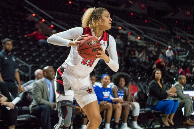 UL's Kendall Bess handles the ball during the play as the Ragin' Cajuns play against the Georgia State Panthers at the Cajundome on January 10, 2019.
