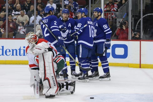Jan 10, 2019; Newark, NJ, USA; The Toronto Maple Leafs celebrate a goal by Toronto Maple Leafs center John Tavares (91) during the first period of their game against the New Jersey Devils at Prudential Center.