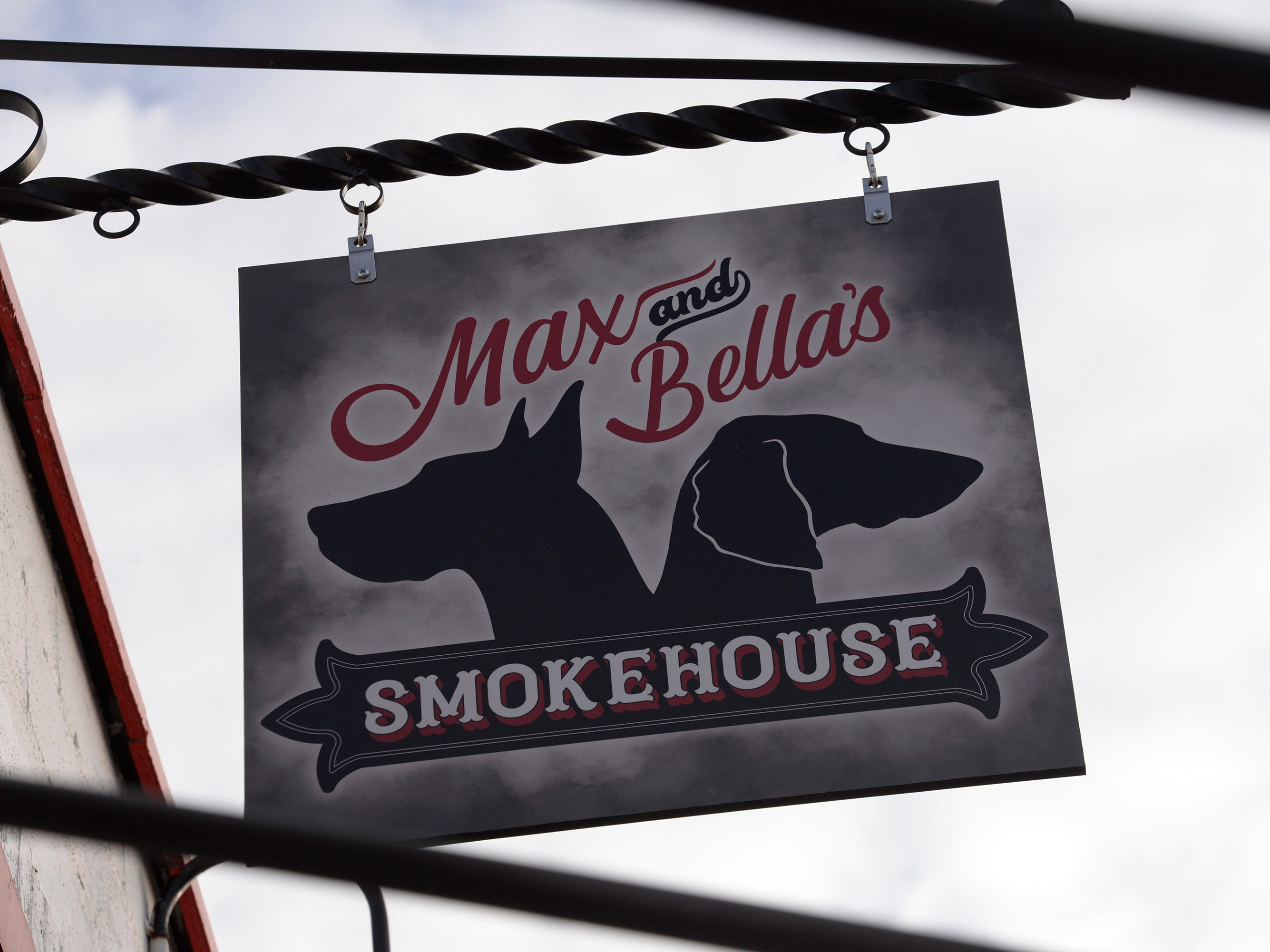 Max and Bella's Smokehouse, Plymouth.