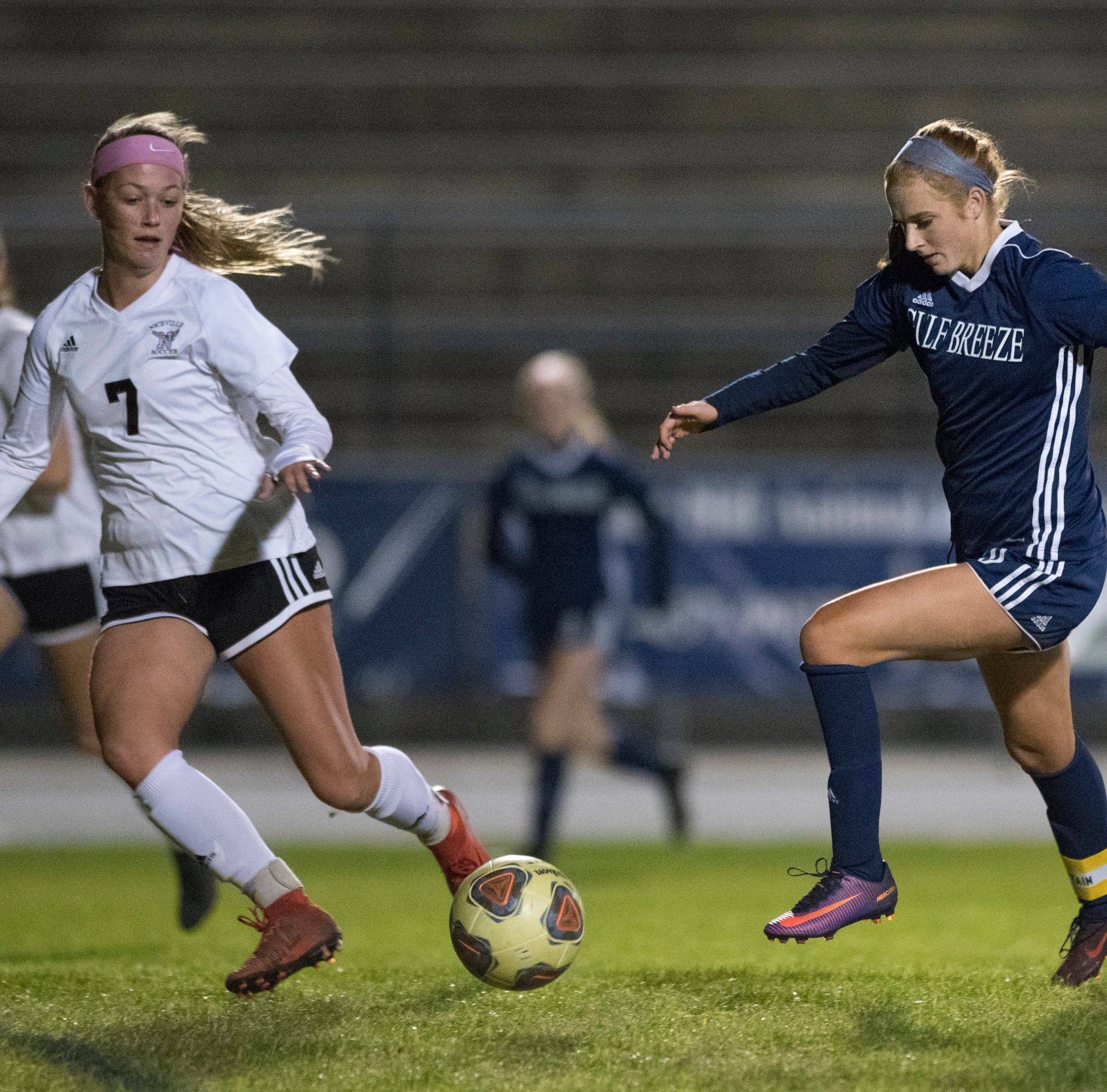 Gulf Breeze downs Eastside to advance to back-to-back state finals