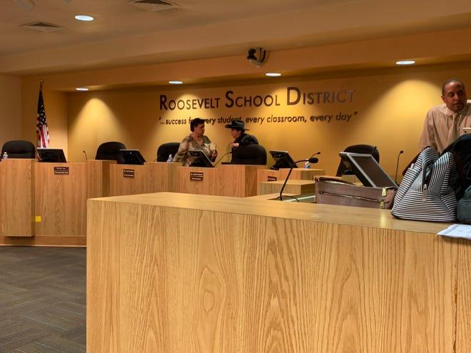 A meeting of Roosevelt School District's school board.