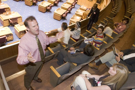 State Sen. Jay Tibshraeny, majority whip,  talks to a bunch of Chandler residents in the Capitol in February 2005.