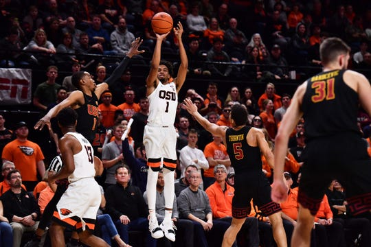 Oregon State's Stephen Thompson Jr. shoots a jumper against USC at Gill Coliseum.  He scored 34 points in the Beavers' 79-74 overtime win, Jan. 10, 2019.