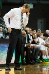 Oregon head coach Dana Altman reacts after a turnover against UCLA.
