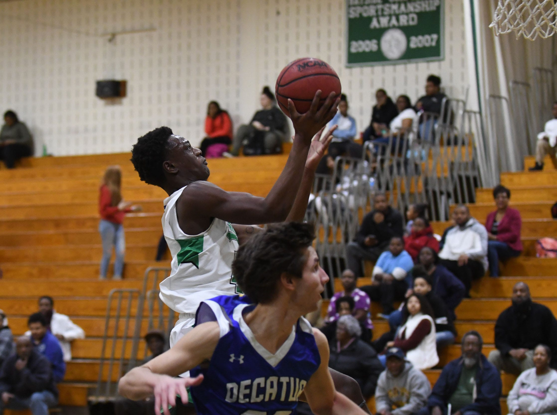 Parkside's Daquair Beaty with the lay up against Stephen Decatur on Thursday, Jan. 10, 2019.