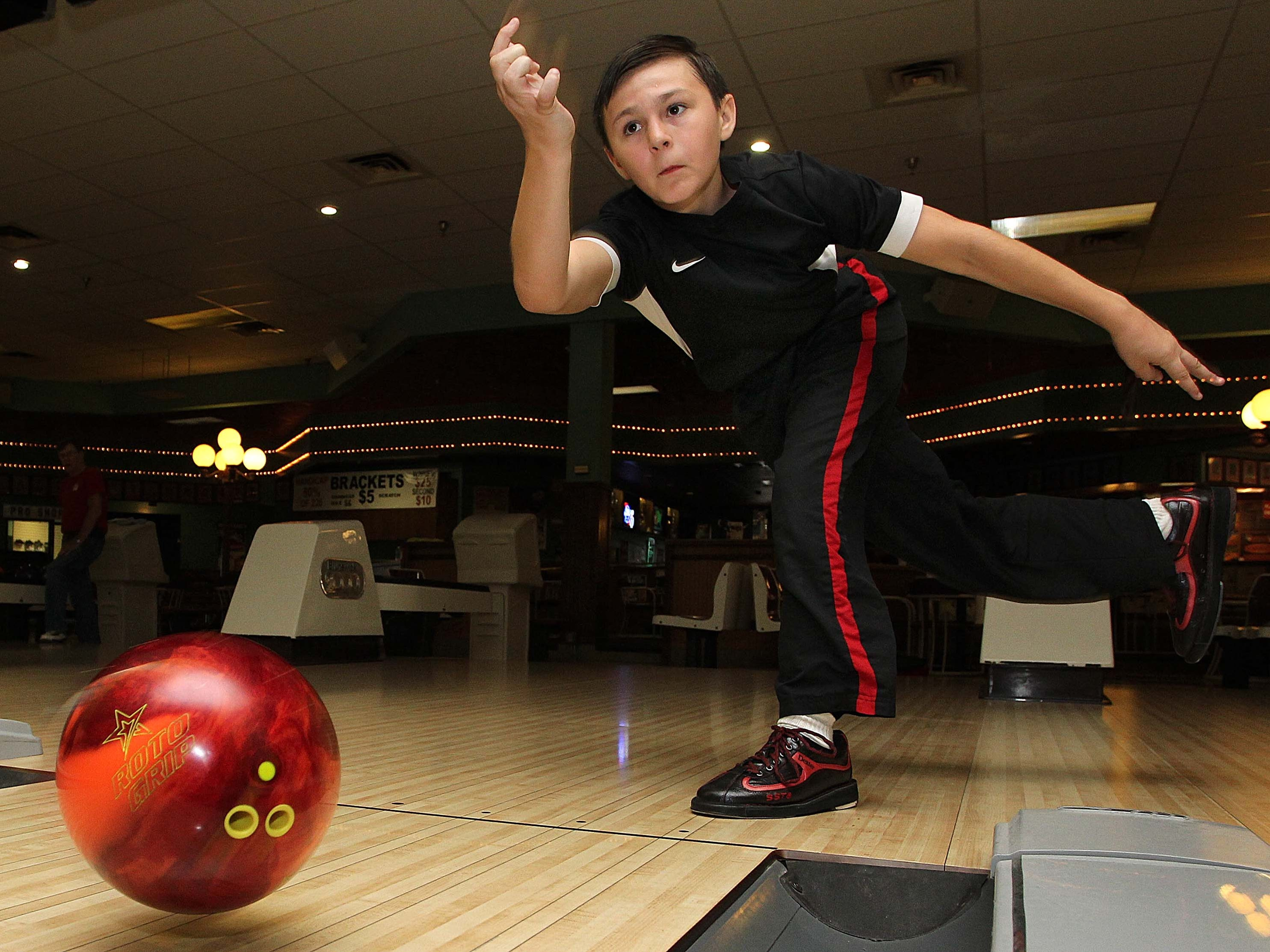 Go Bowling. Andy B's, Sunshine Lanes, Lighthouse Lanes and Enterprise Park Lanes would be happy to see you.