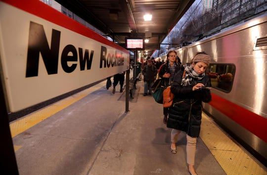 Homebound commuters get off of a Metro-North train at the New Rochelle station Jan. 10, 2019. Commuters from New Rochelle and several other Sound Shore stations would be able to get a one-seat ride to Manhattan's West Side under a Penn Station access agreement.