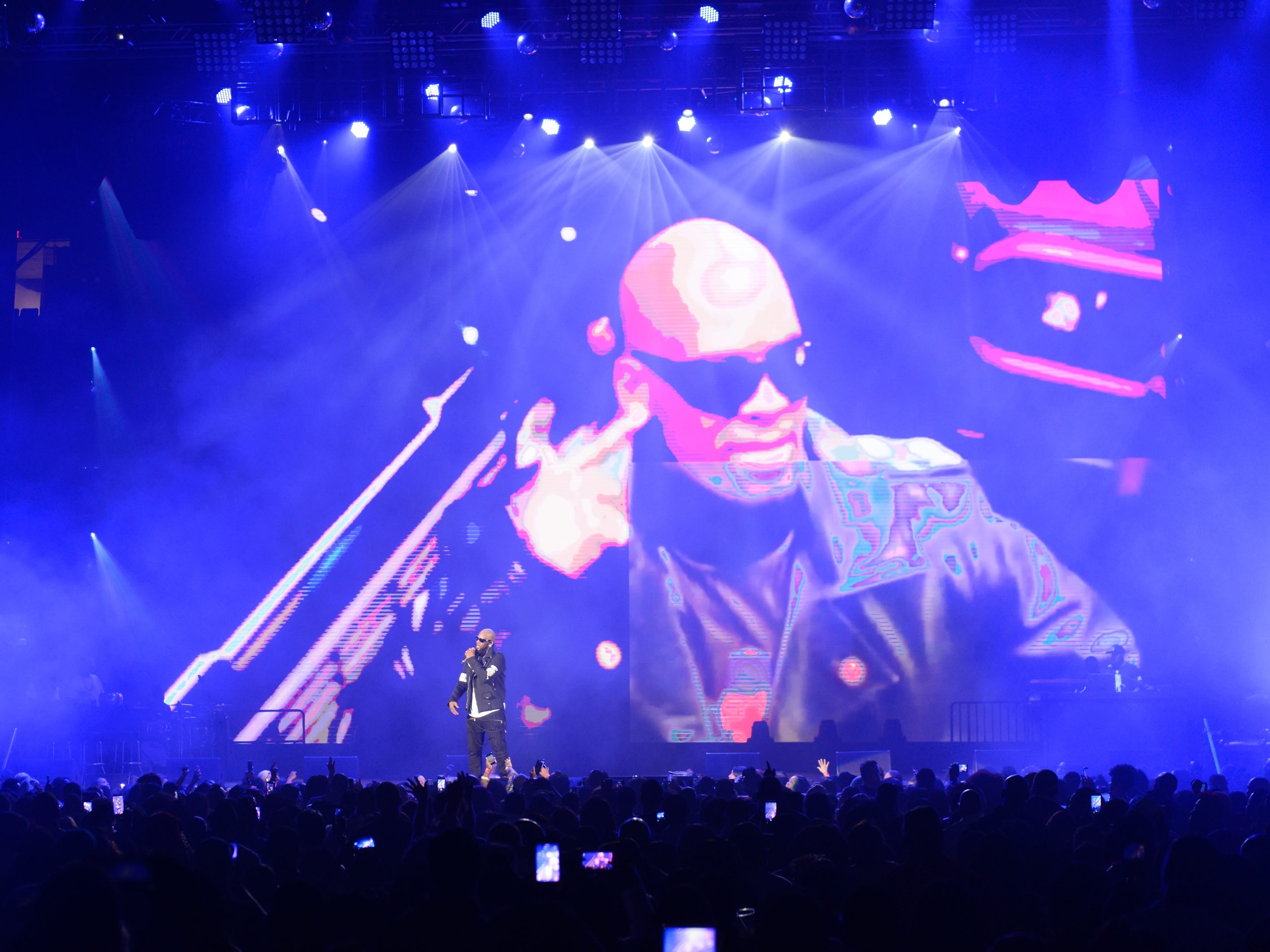R. Kelly performs during The Buffet Tour at Allstate Arena on May 7, 2016, in Chicago.