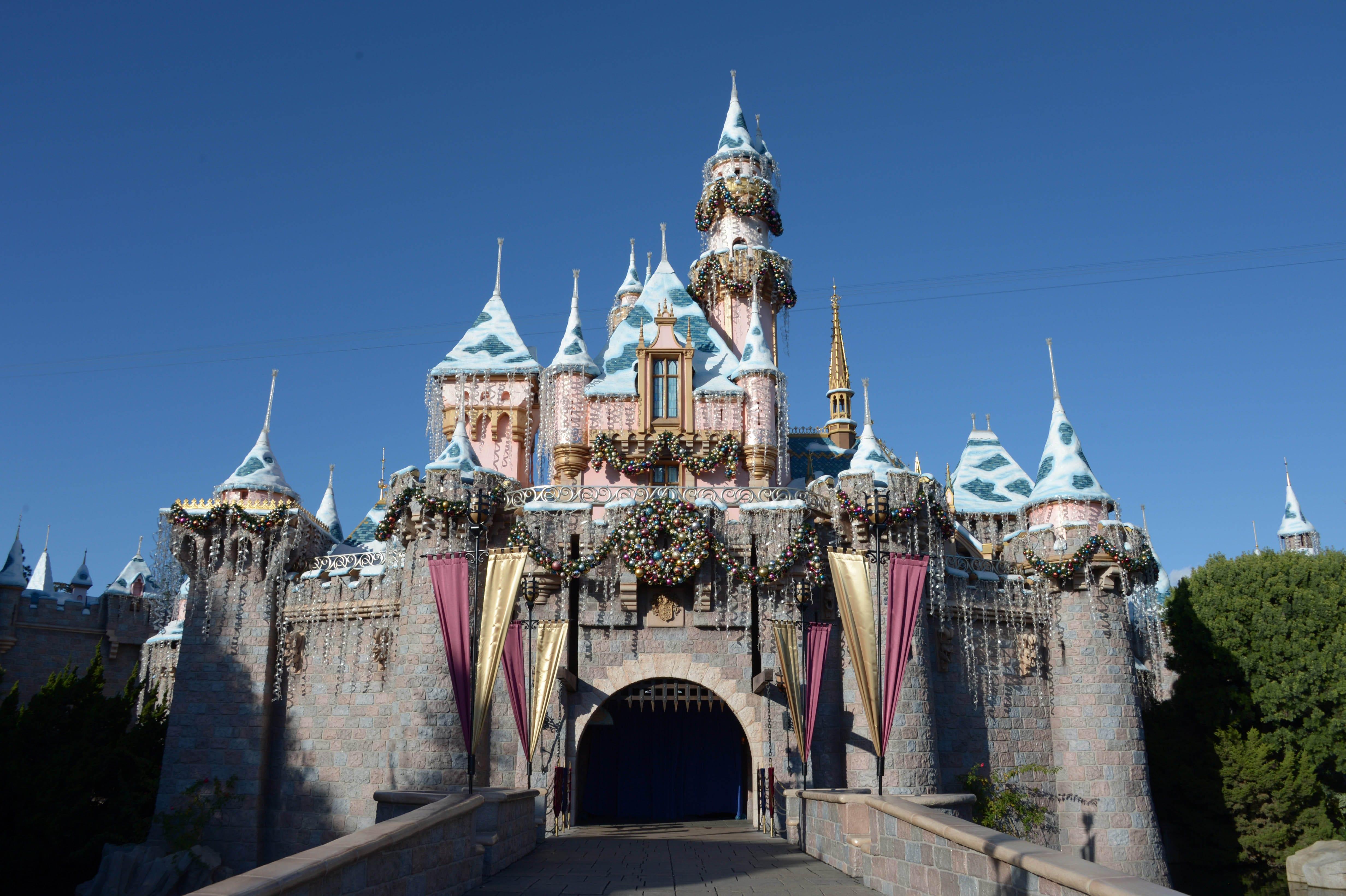 Eight ways to save as theme park ticket prices soar | USA Today