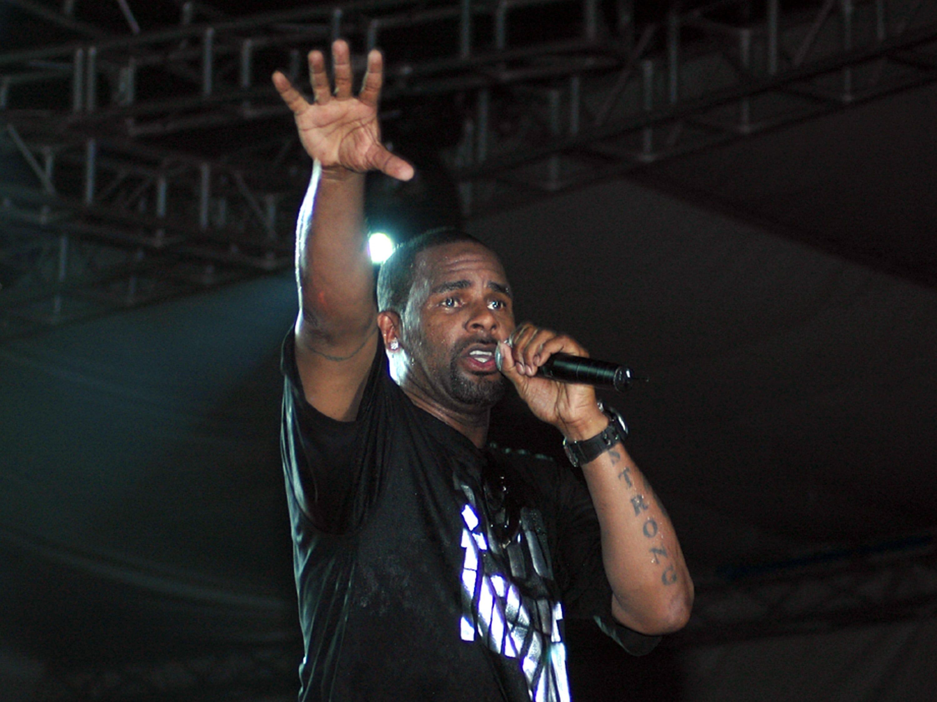 R. Kelly performs in Uganda's capital city Kampala organized by Zain Uganda , on Jan. 29, 2010.